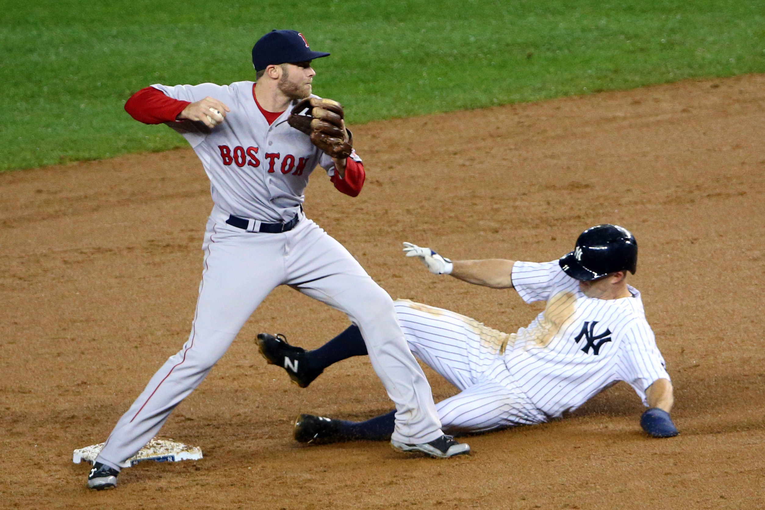 8836842-mlb-boston-red-sox-at-new-york-yankees