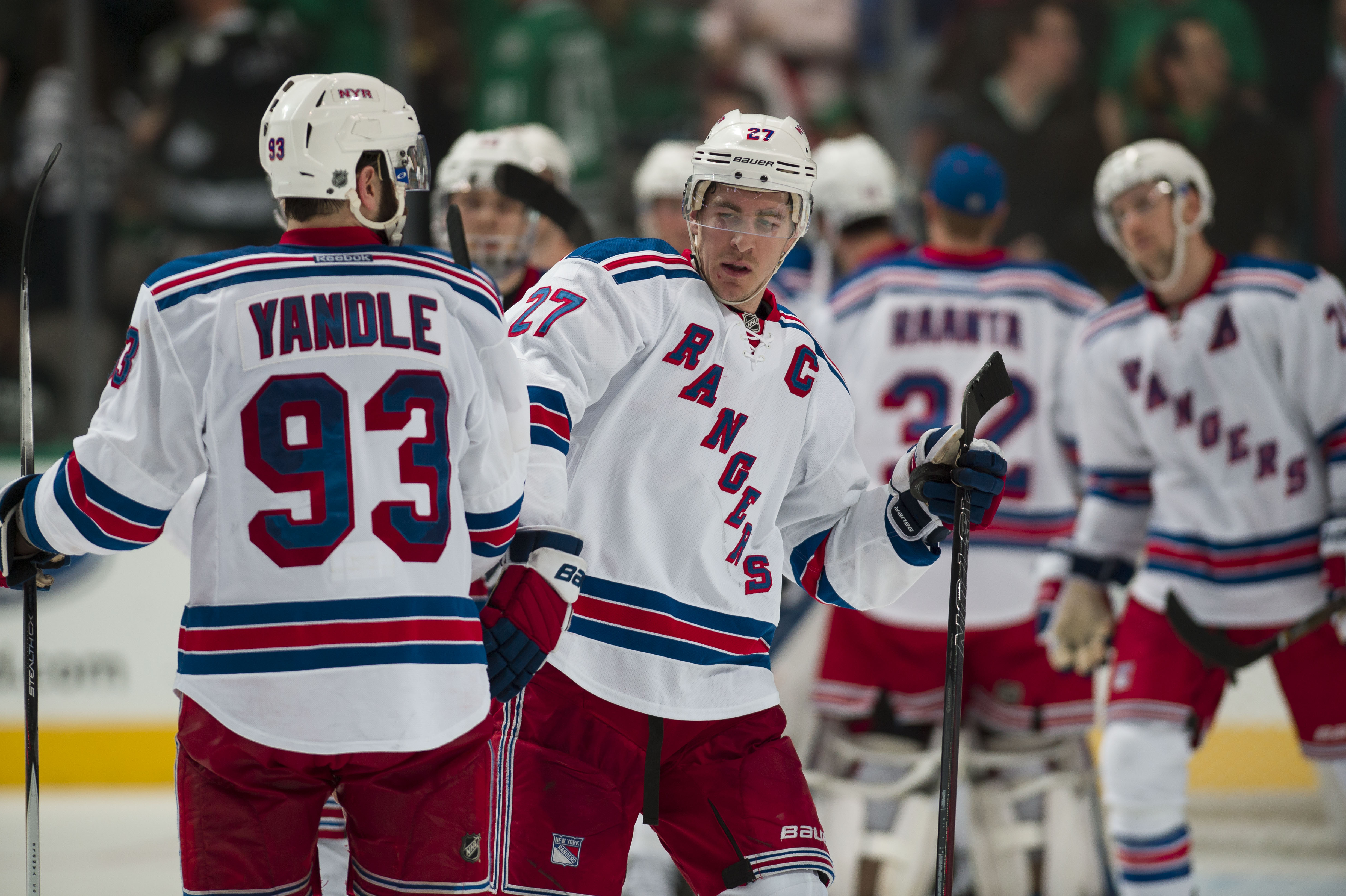 9143566-nhl-new-york-rangers-at-dallas-stars