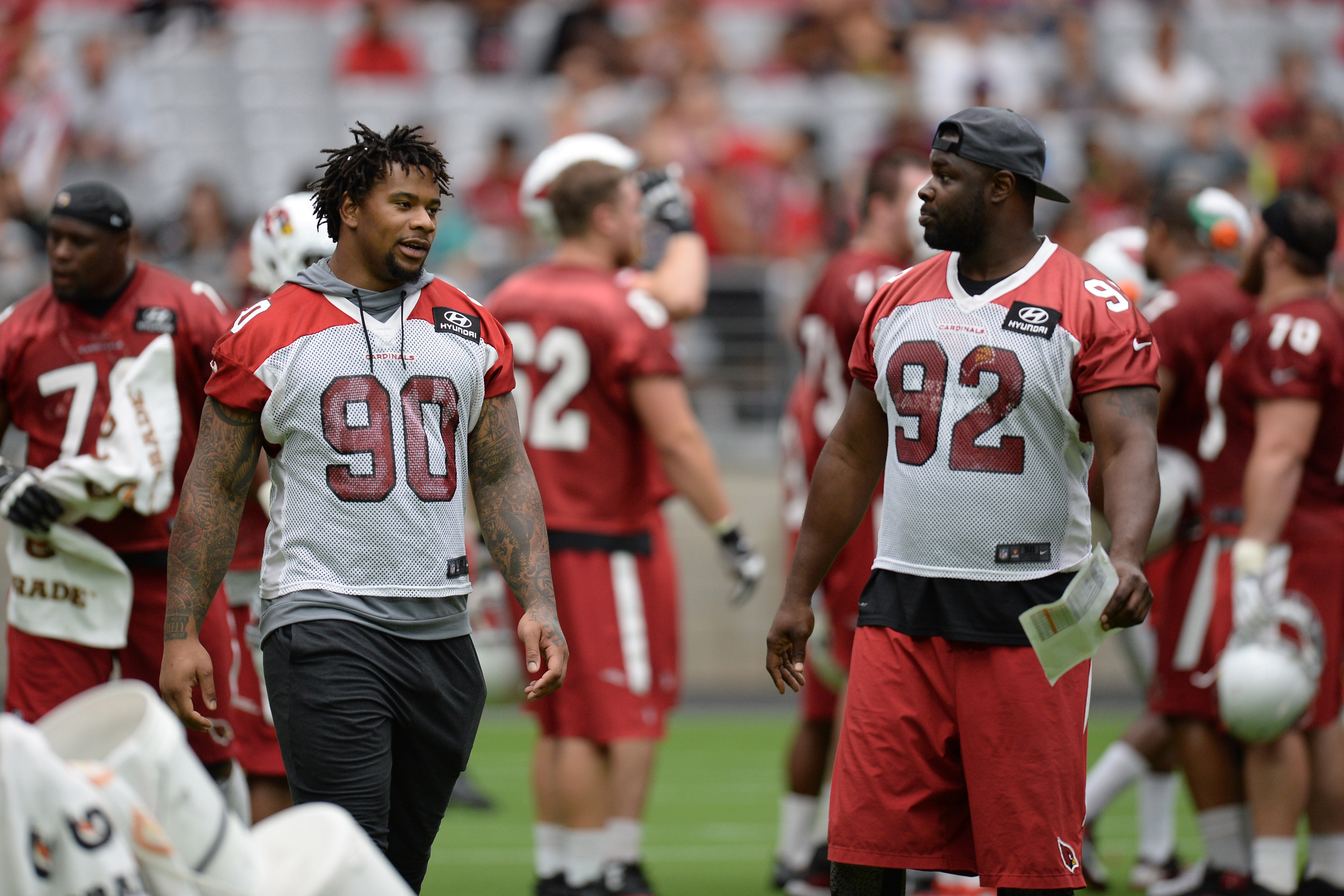 9411374-nfl-arizona-cardinals-training-camp
