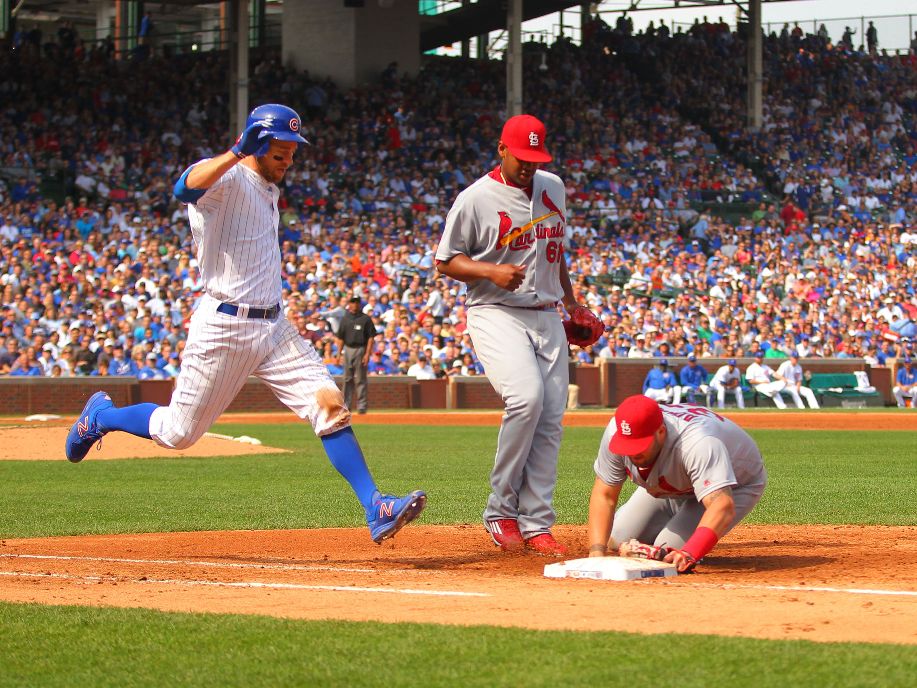 9560848-mlb-st.-louis-cardinals-at-chicago-cubs