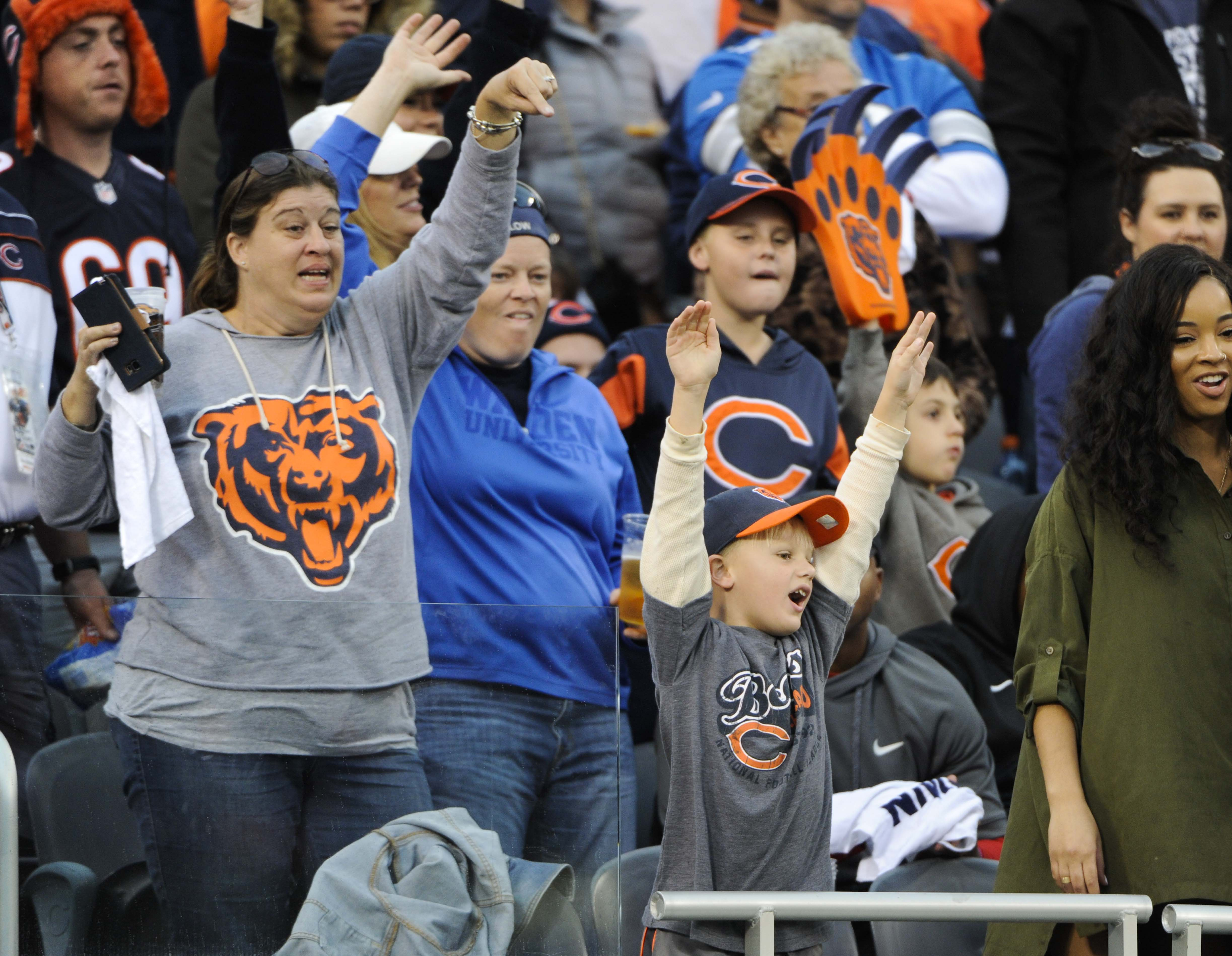 9590603-nfl-detroit-lions-at-chicago-bears