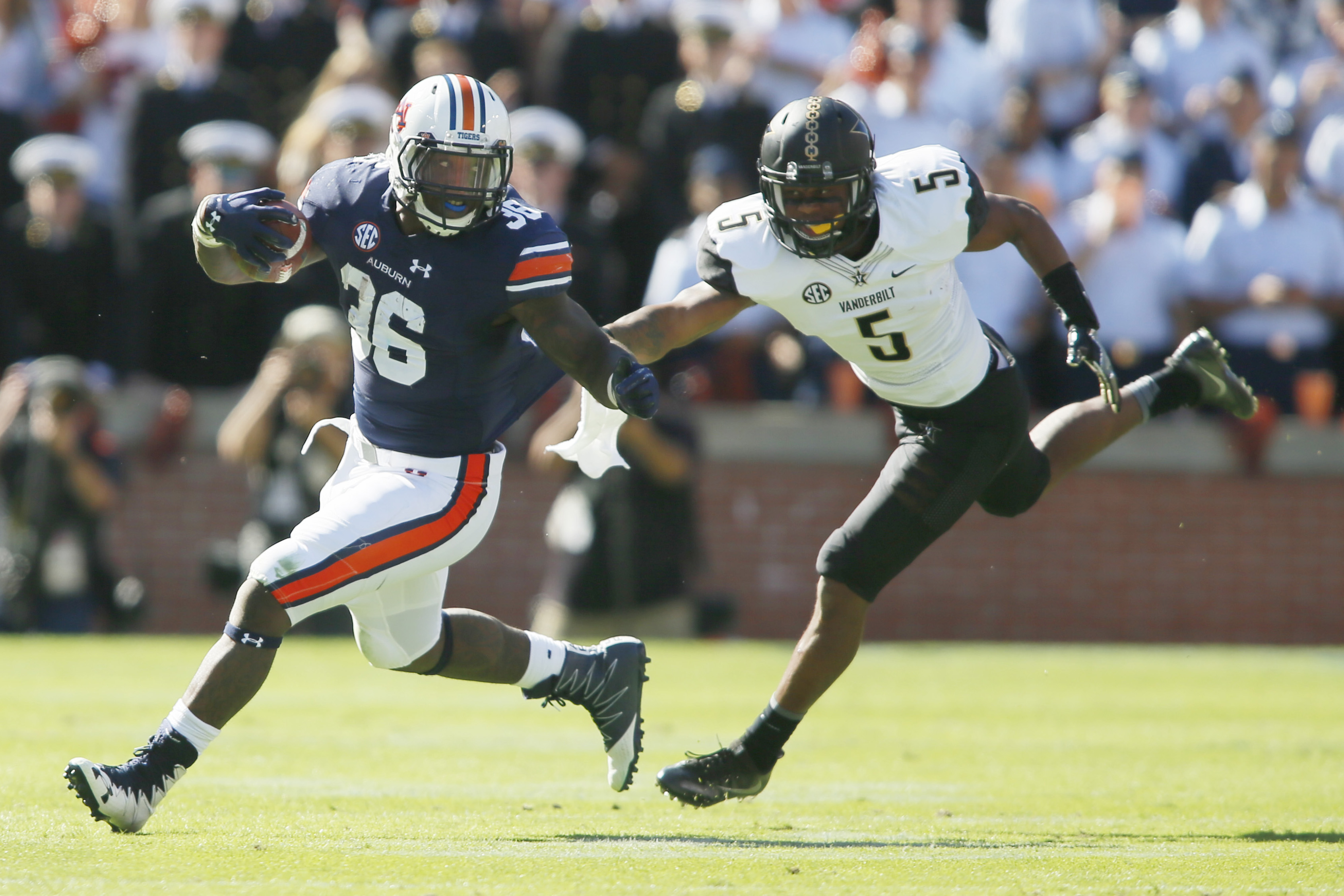 9654591-ncaa-football-vanderbilt-at-auburn