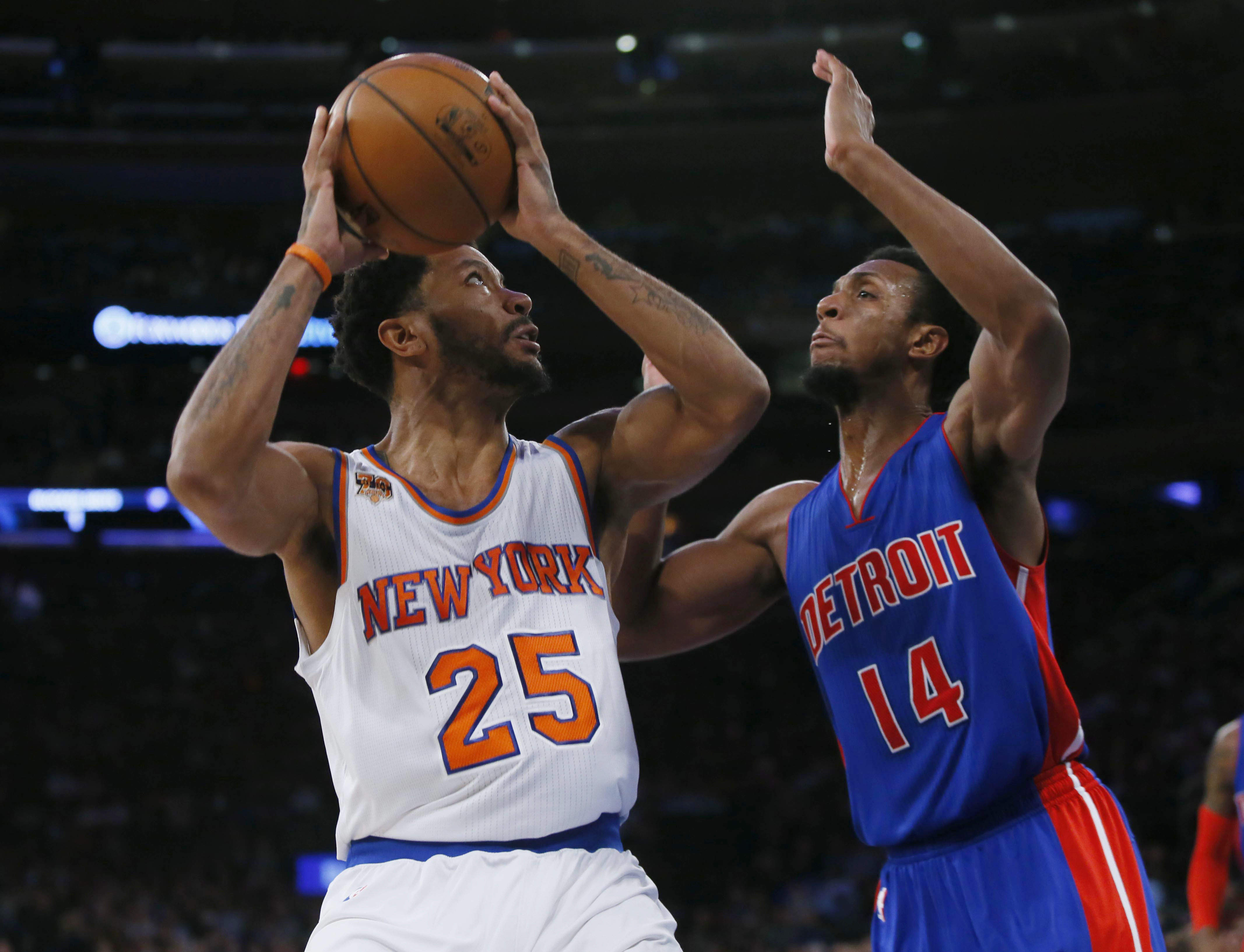 9682252-nba-detroit-pistons-at-new-york-knicks