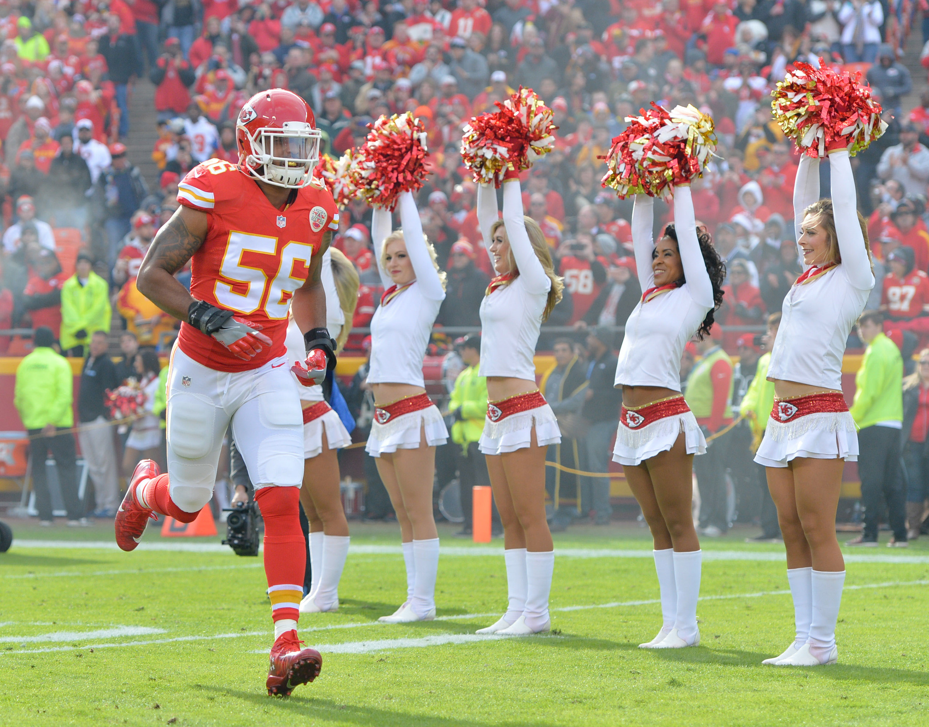 9705115-nfl-tampa-bay-buccaneers-at-kansas-city-chiefs