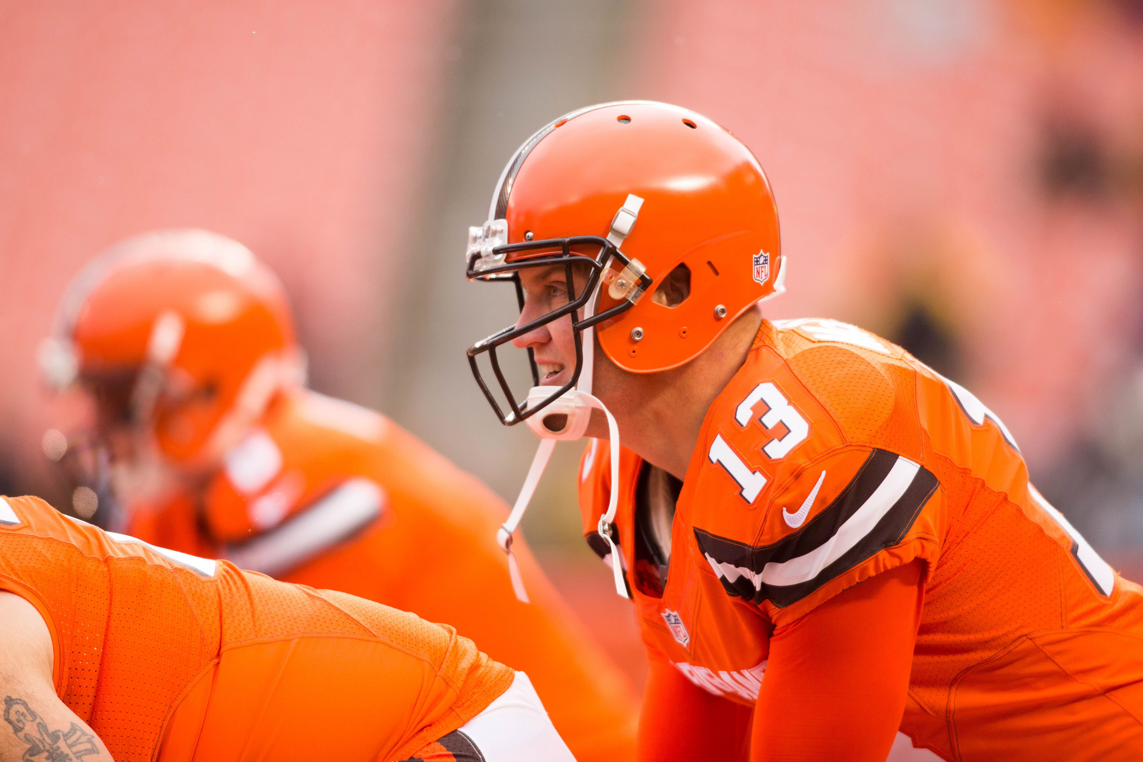 9736168-nfl-pittsburgh-steelers-at-cleveland-browns