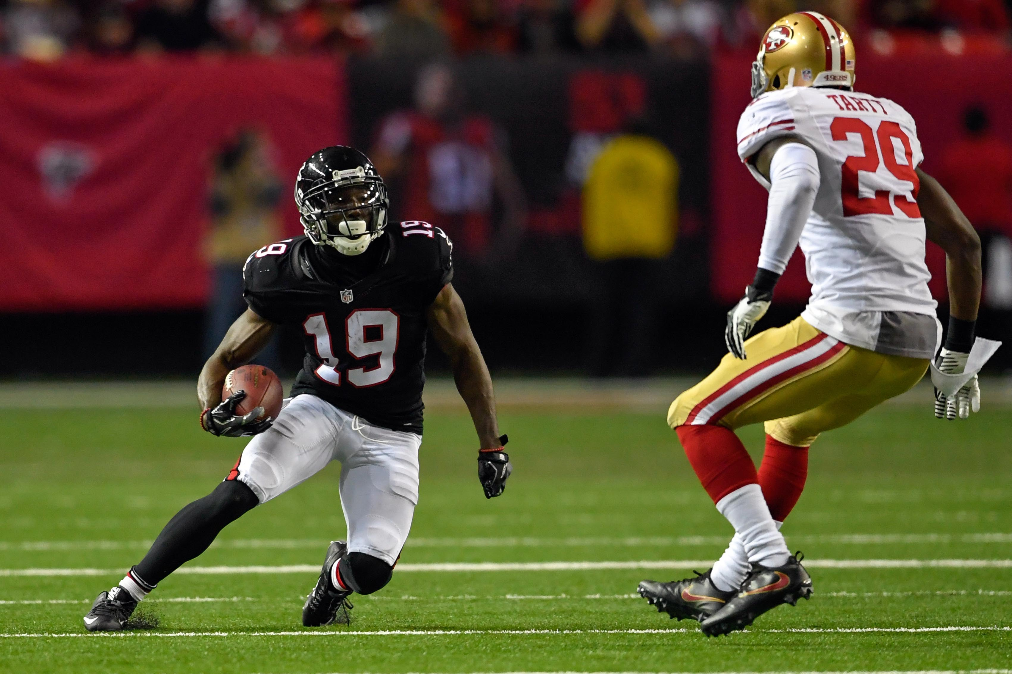 9755812-nfl-san-francisco-49ers-at-atlanta-falcons