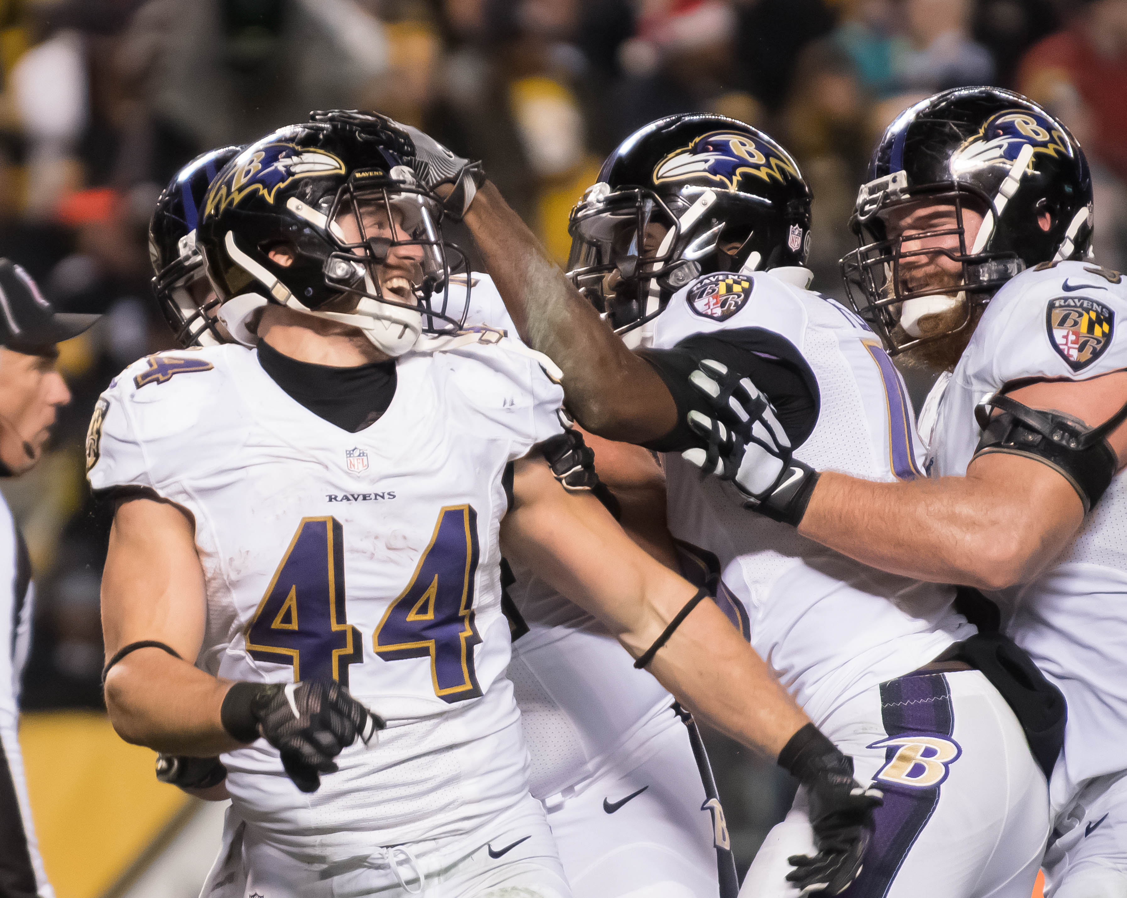 9785788-nfl-baltimore-ravens-at-pittsburgh-steelers