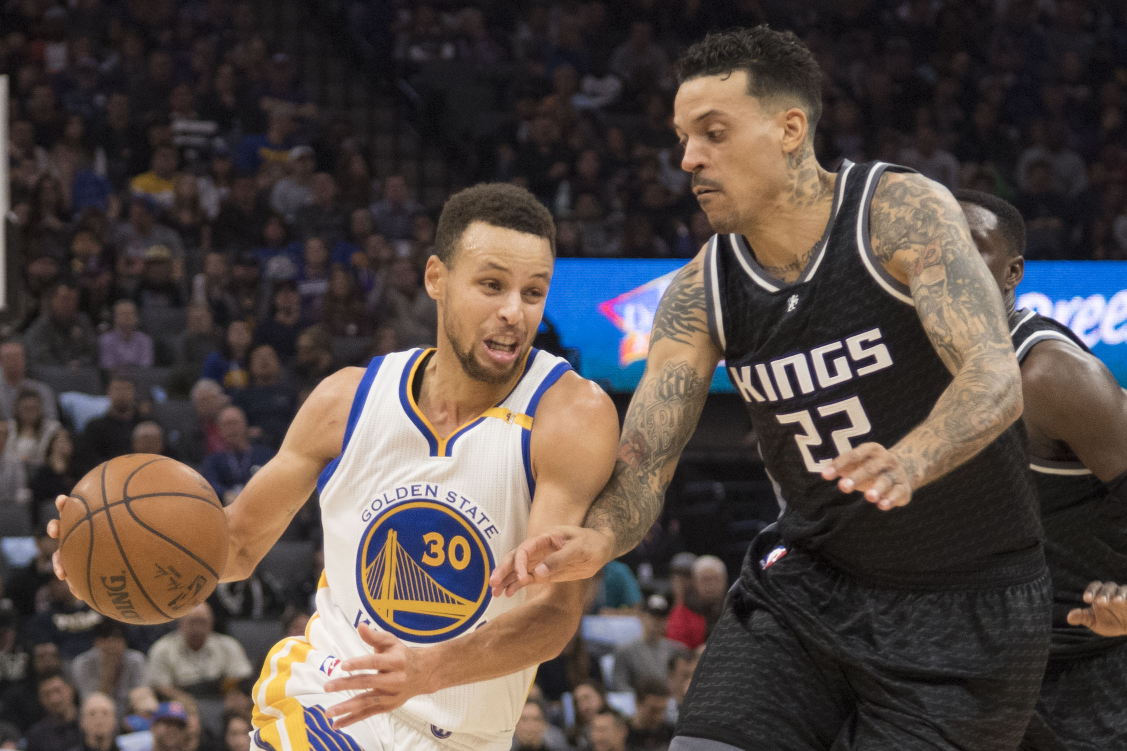 9799432-nba-golden-state-warriors-at-sacramento-kings