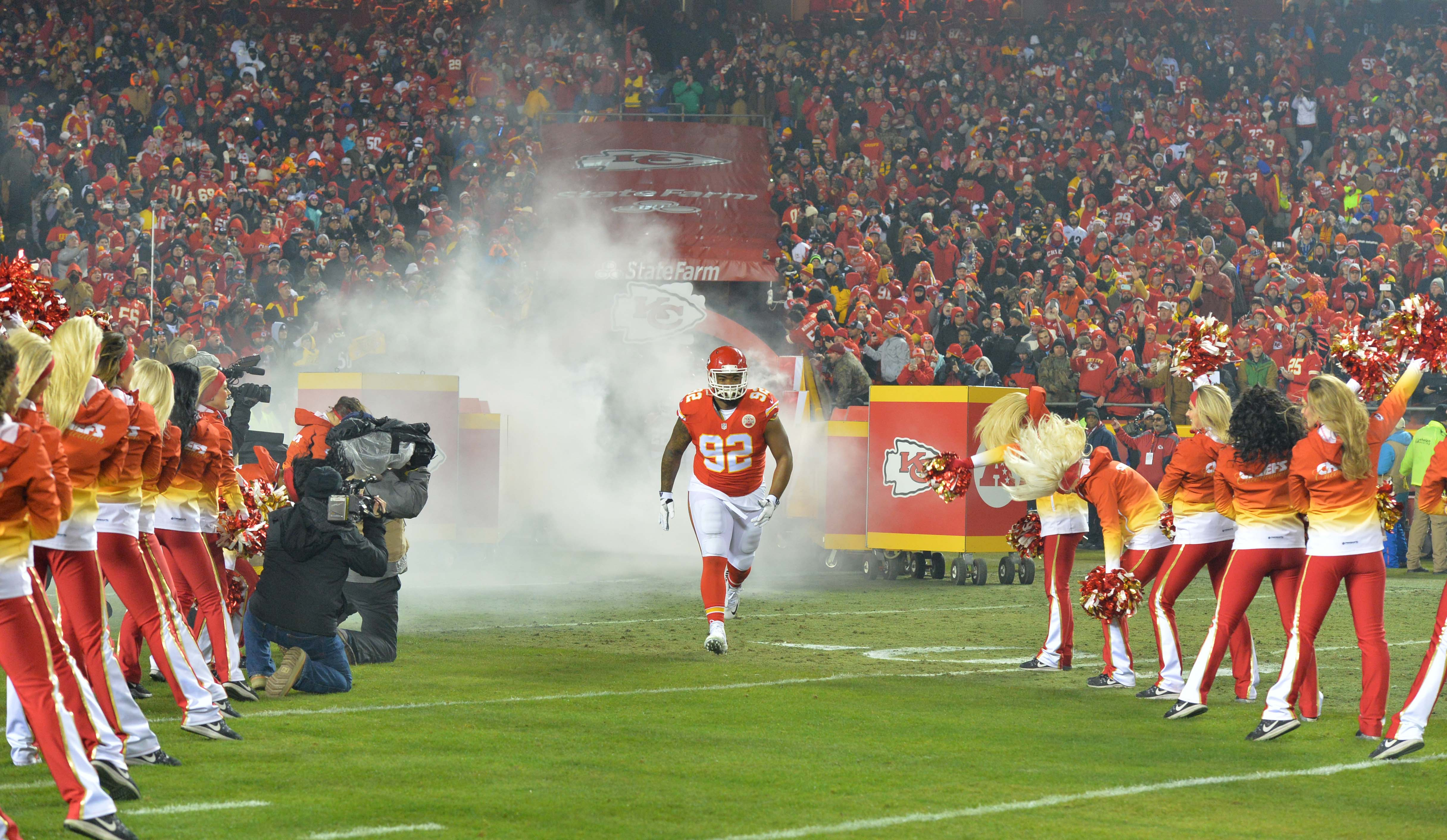 9839094-nfl-afc-divisional-pittsburgh-steelers-at-kansas-city-chiefs