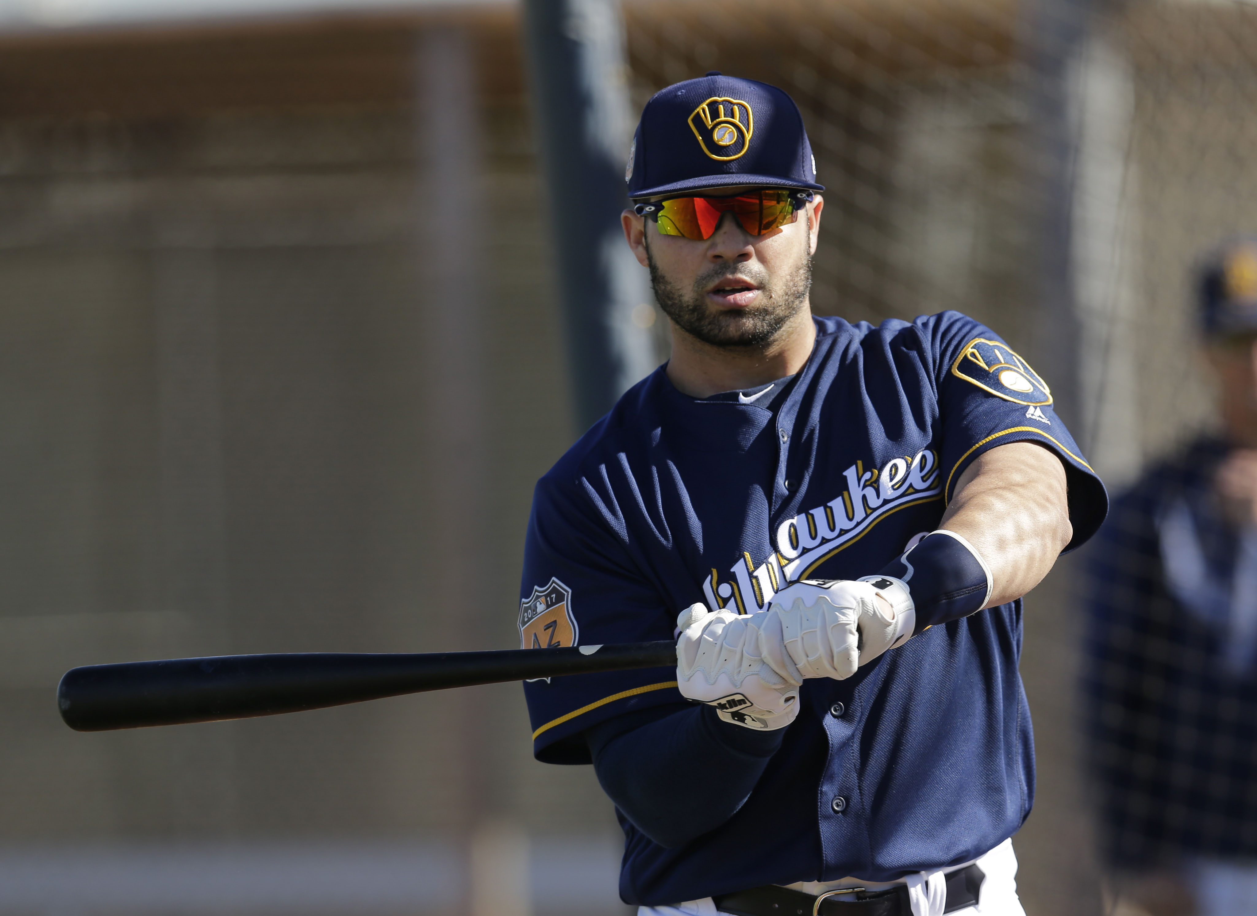 9880968-mlb-milwaukee-brewers-workouts