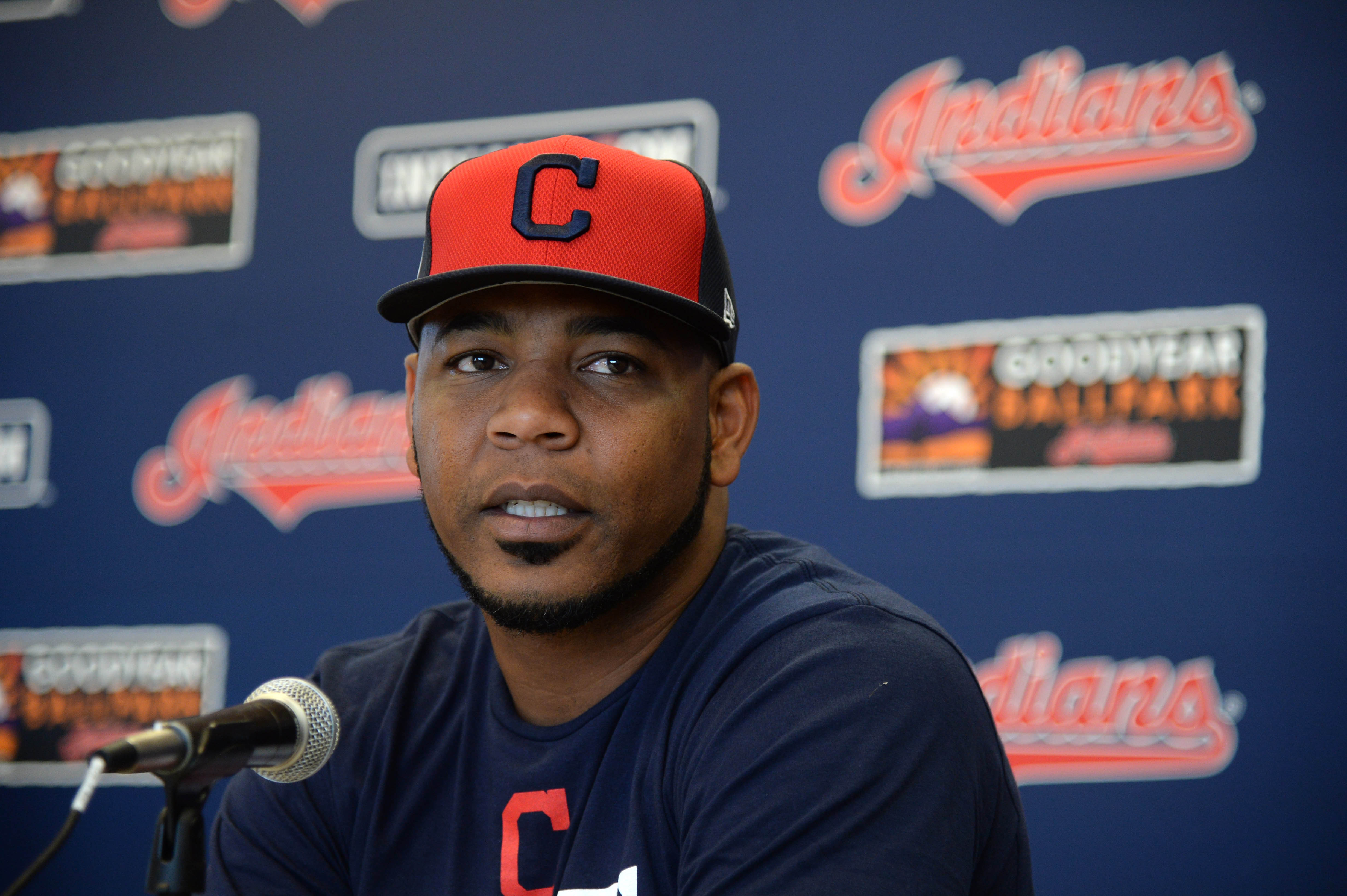 9882074-mlb-cleveland-indians-workouts