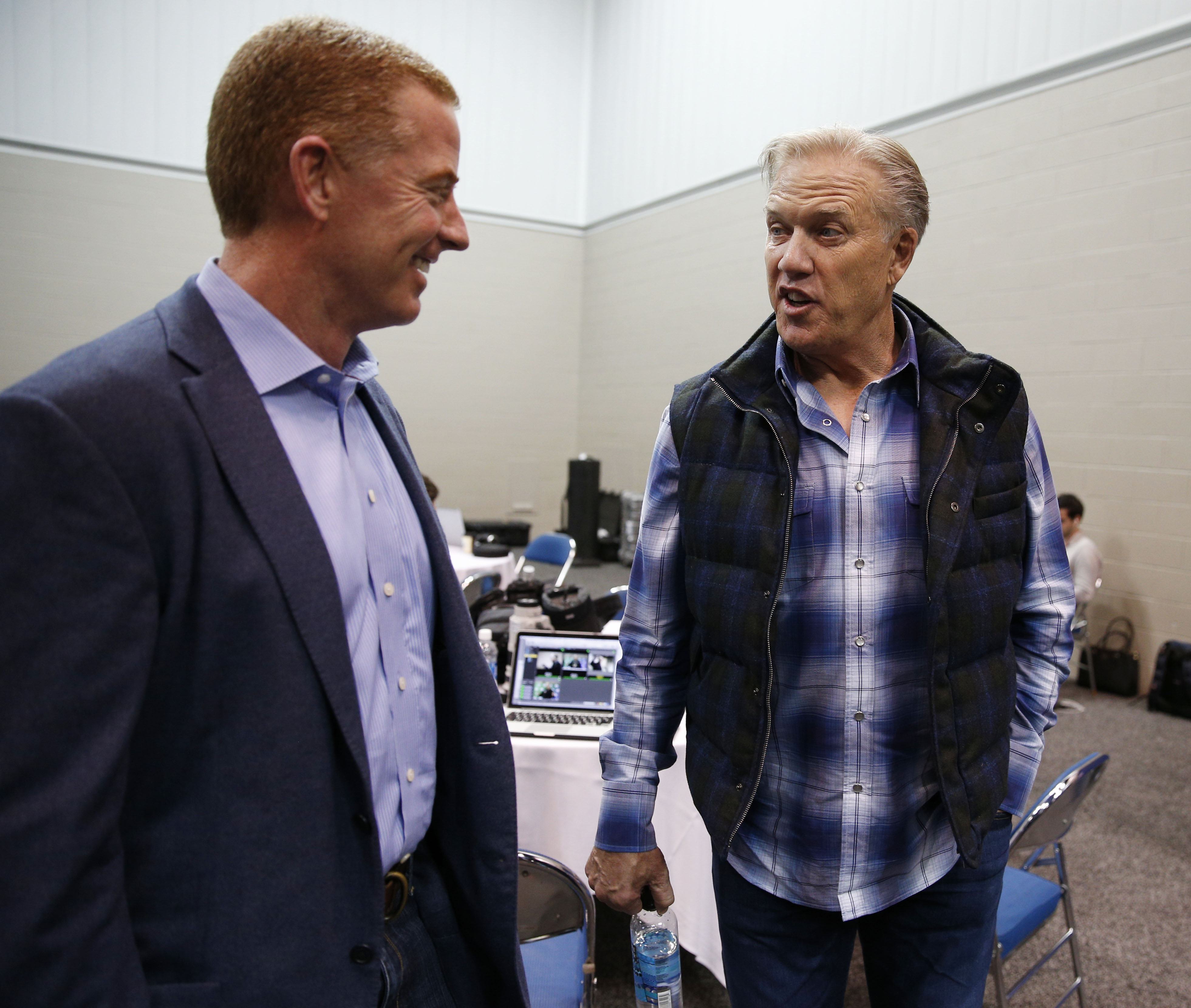 What Is John Elway Planning: Denver Broncos: Tony Romo Time In Denver Is Now