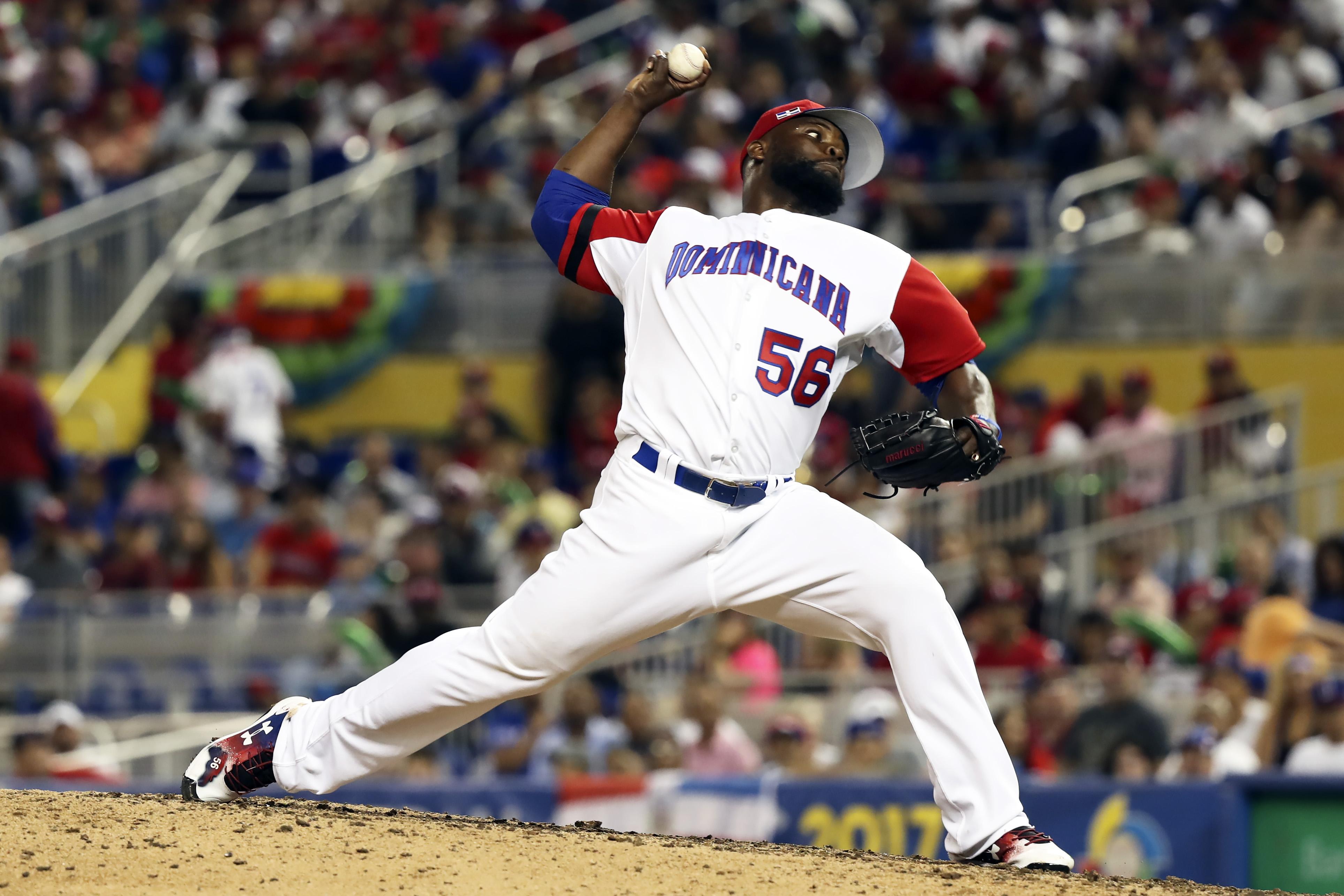 9928794-baseball-world-baseball-classic-canada-at-dominican-republic