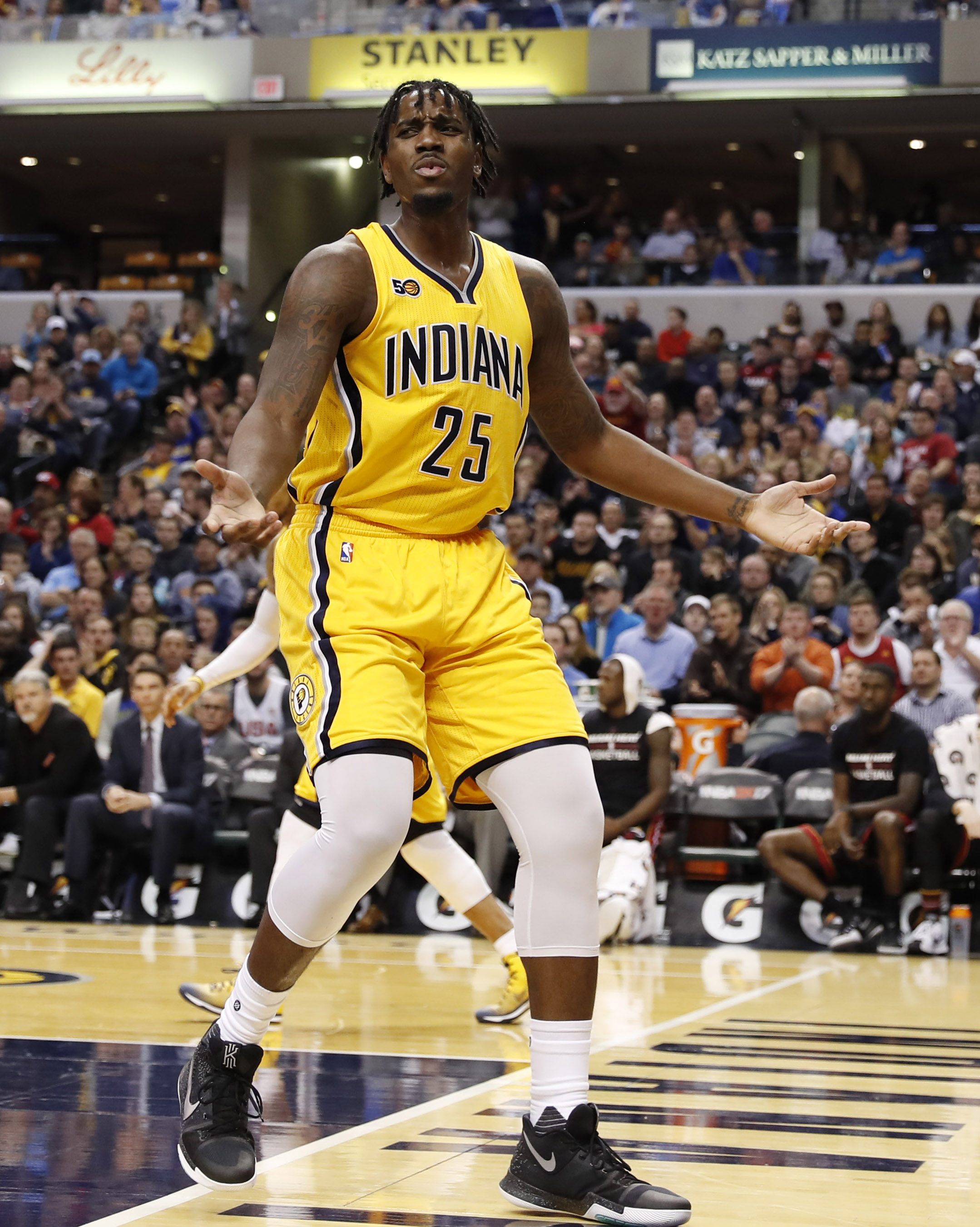 9938616-nba-miami-heat-at-indiana-pacers