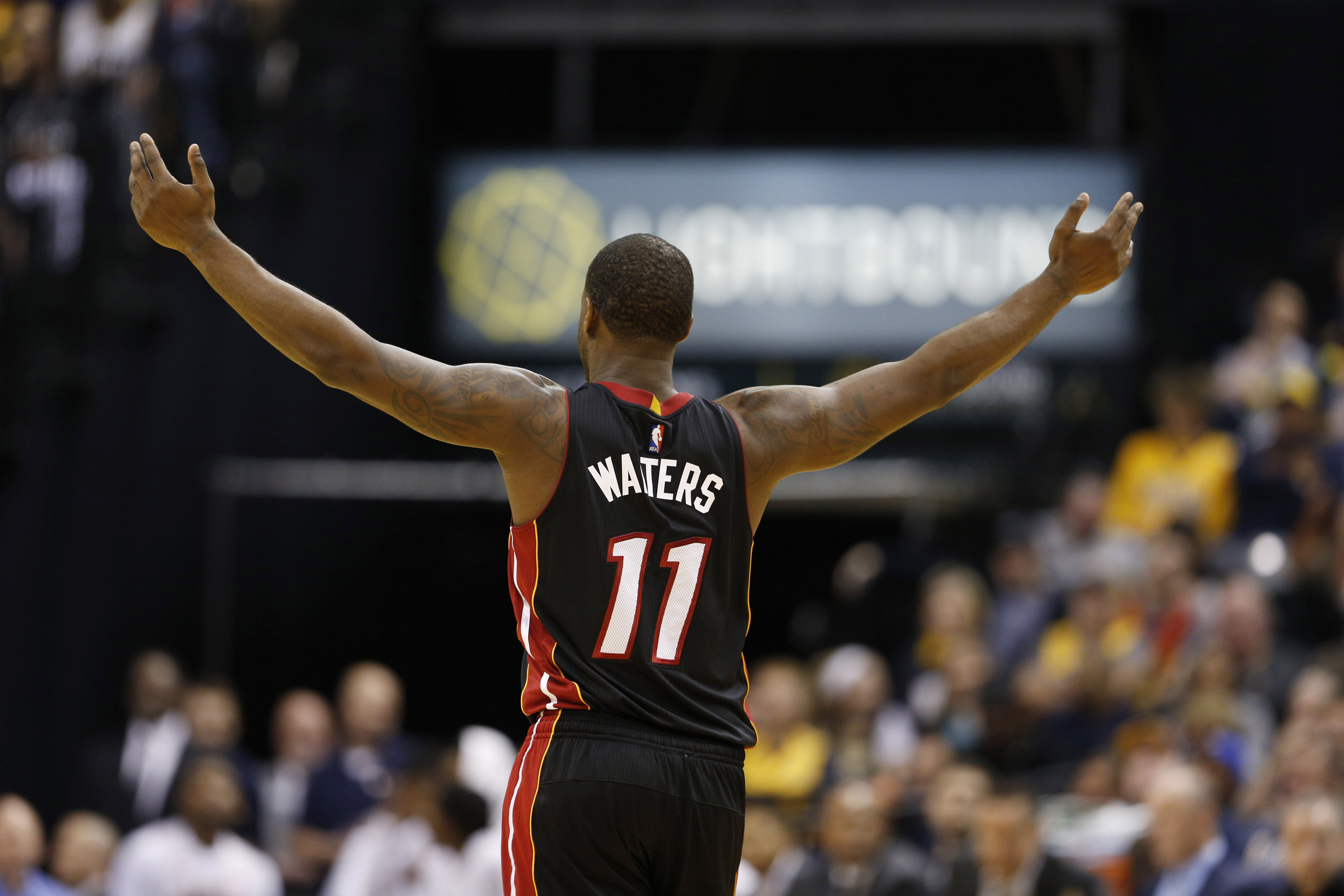 9938680-nba-miami-heat-at-indiana-pacers-2