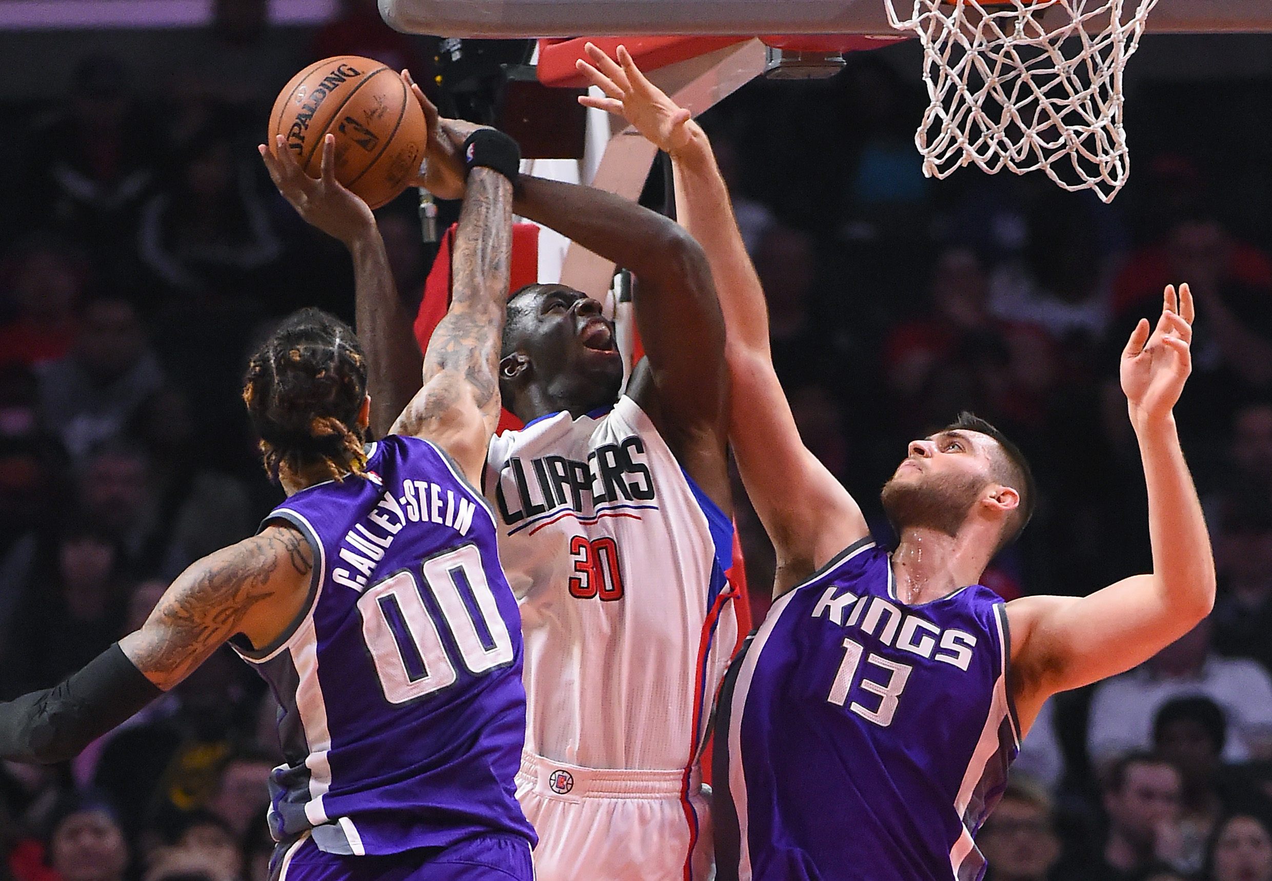 9972475-nba-sacramento-kings-at-los-angeles-clippers