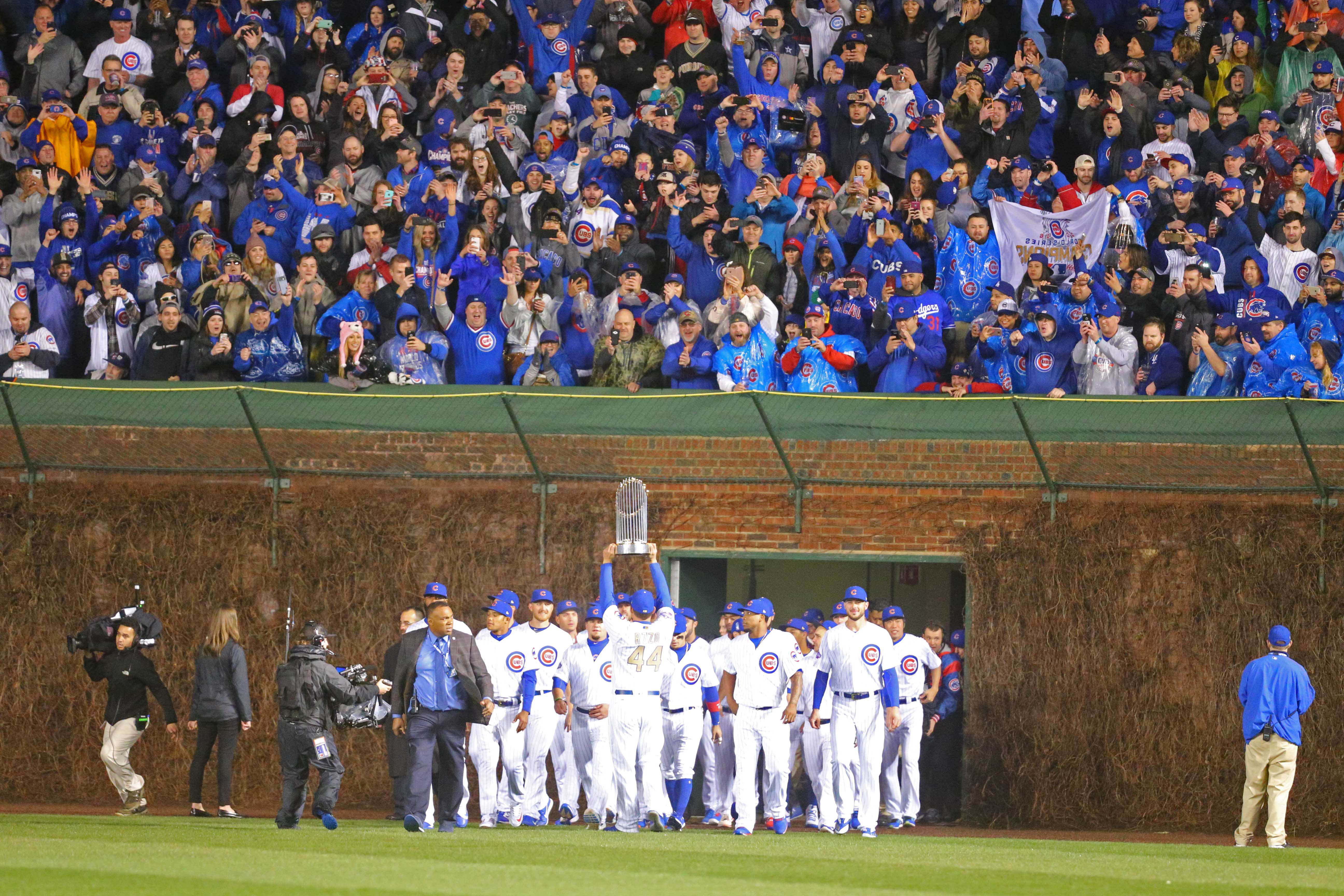 10005393-mlb-los-angeles-dodgers-at-chicago-cubs