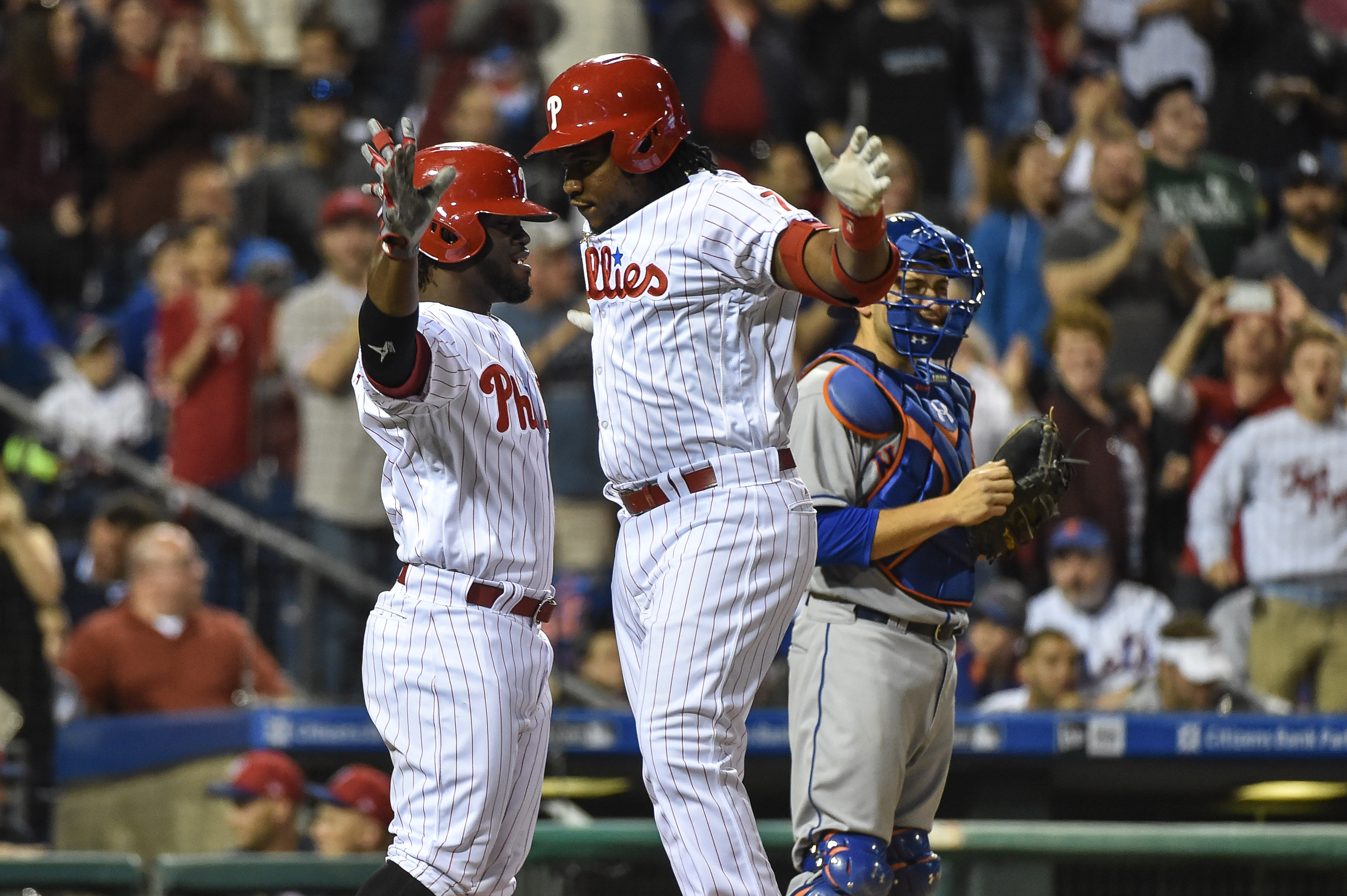 Harper's homer in 9th lifts Nationals over Phils 6-4