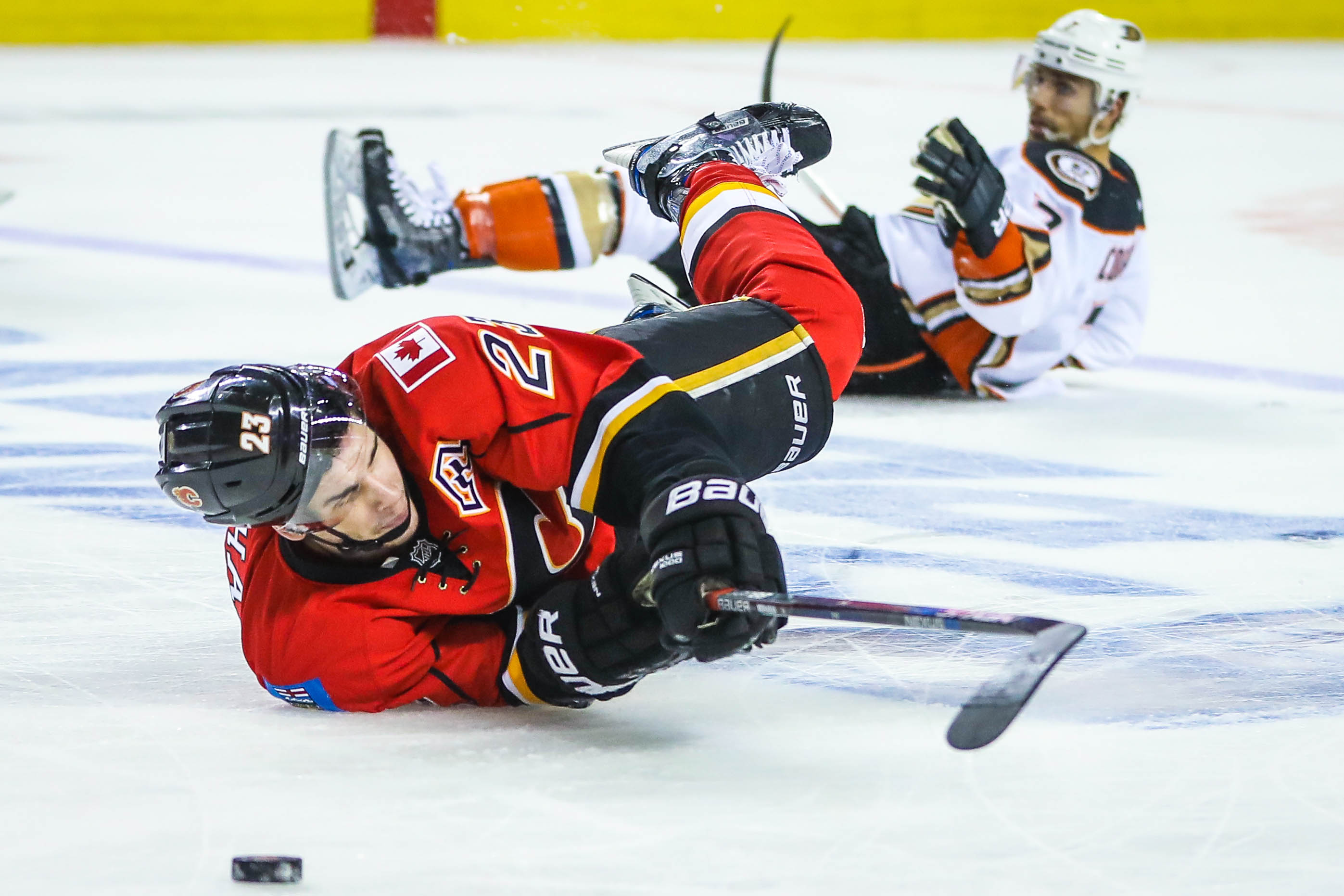 10017961-nhl-stanley-cup-playoffs-anaheim-ducks-at-calgary-flames