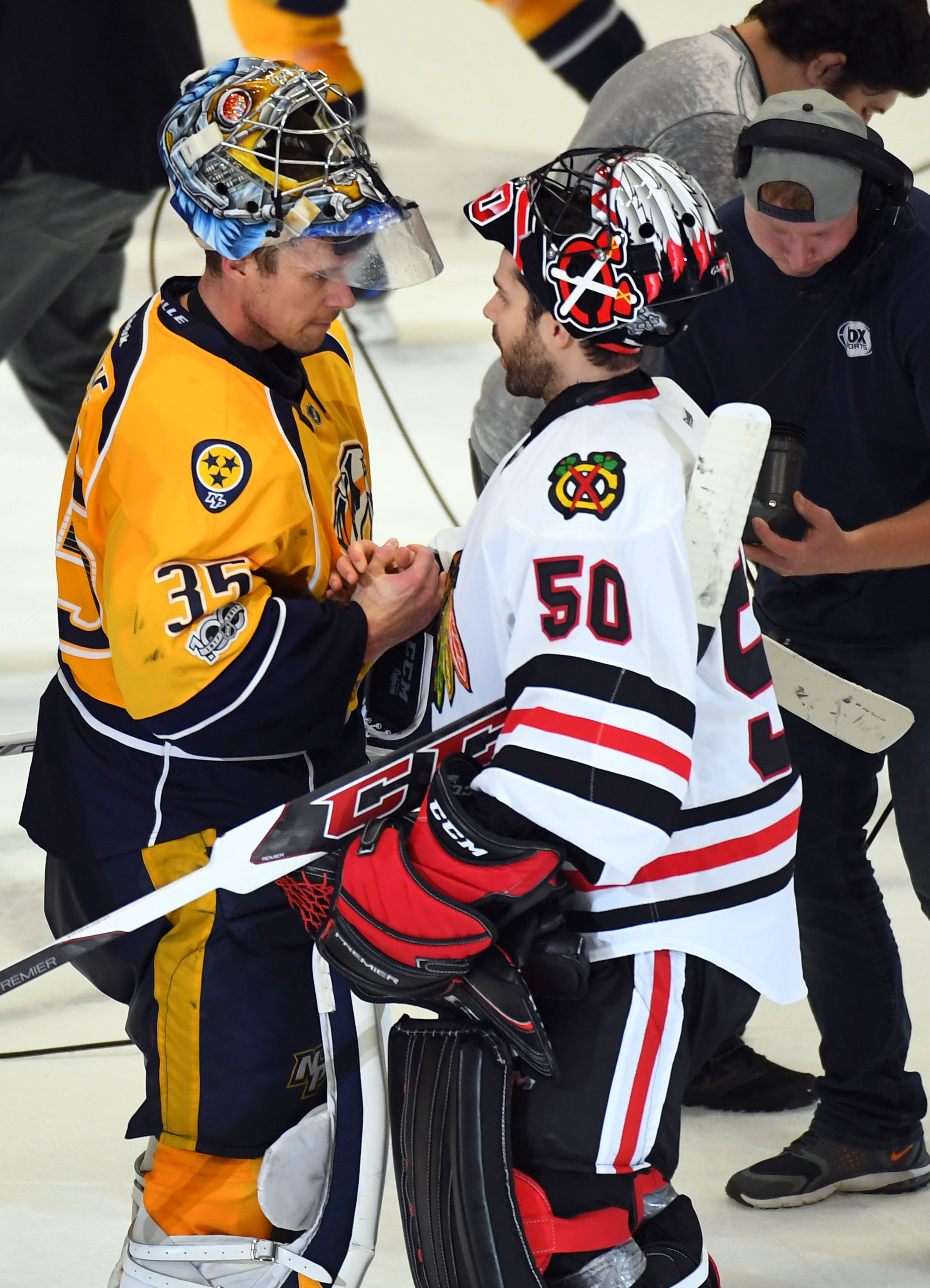 10022830-nhl-stanley-cup-playoffs-chicago-blackhawks-at-nashville-predators