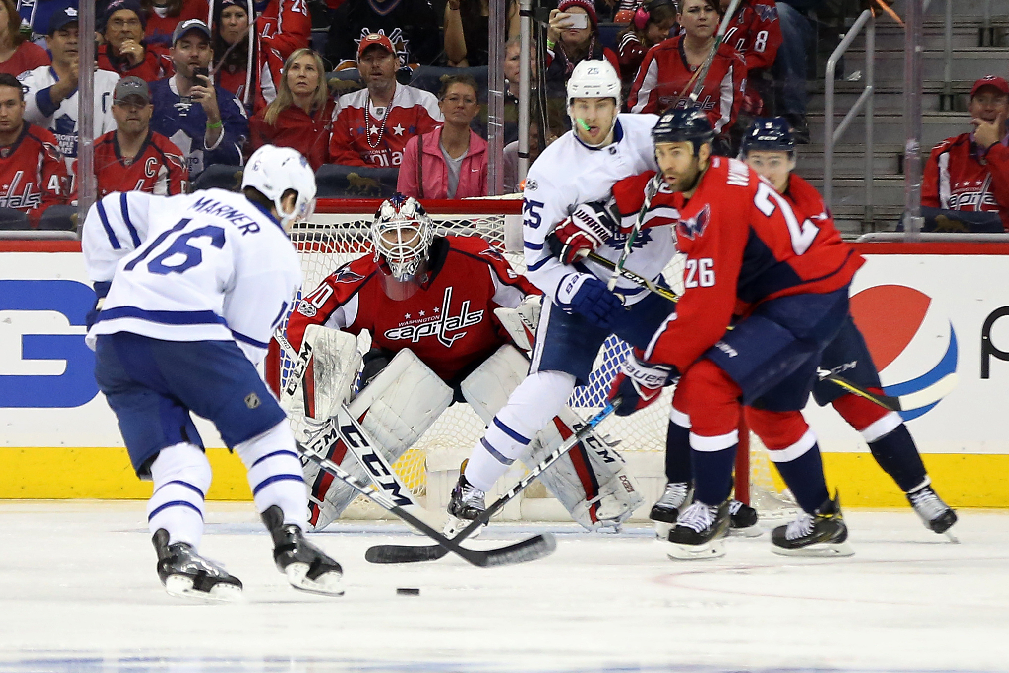 10024491-nhl-stanley-cup-playoffs-toronto-maple-leafs-at-washington-capitals