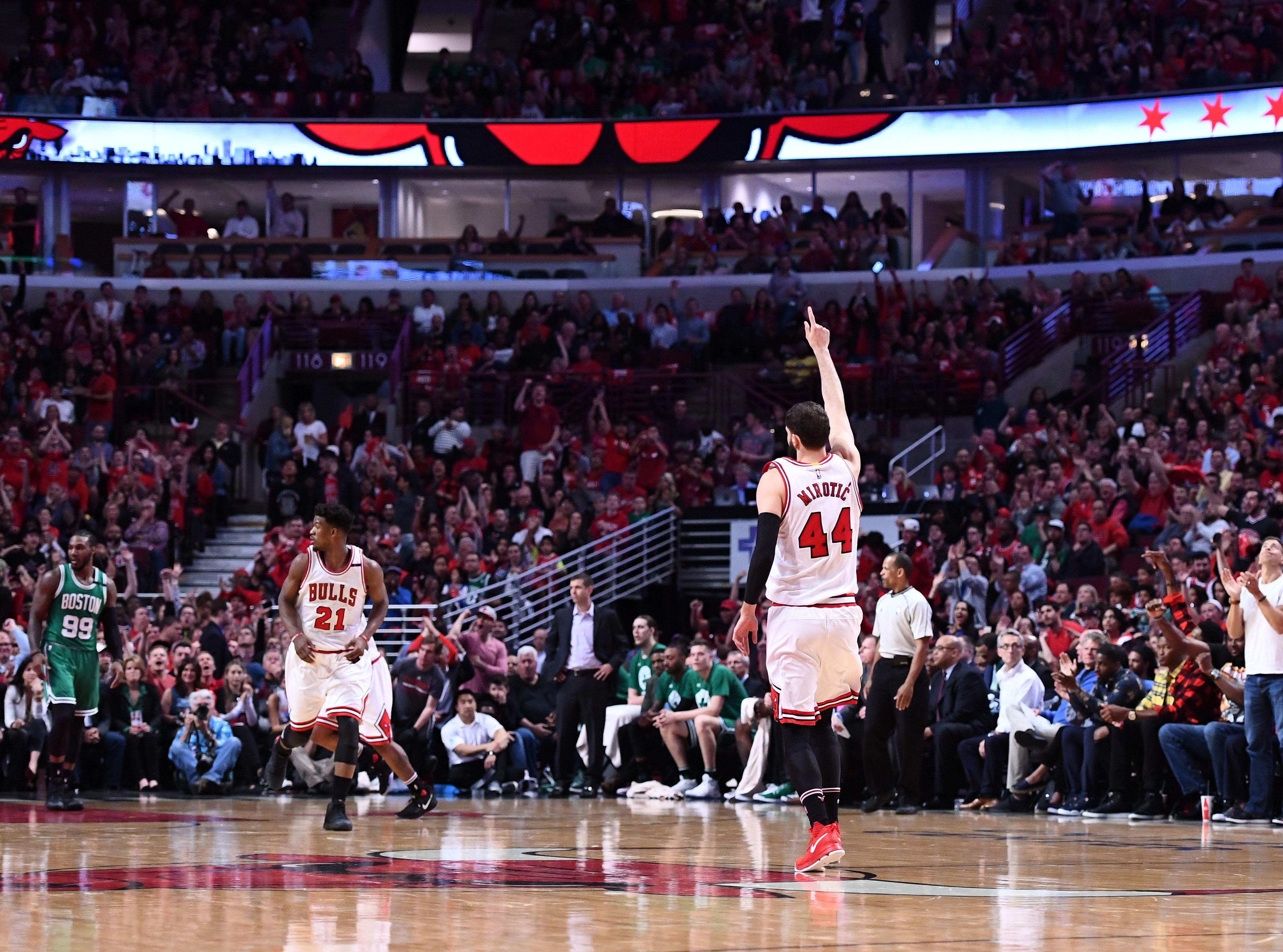 10028320-nba-playoffs-boston-celtics-at-chicago-bulls