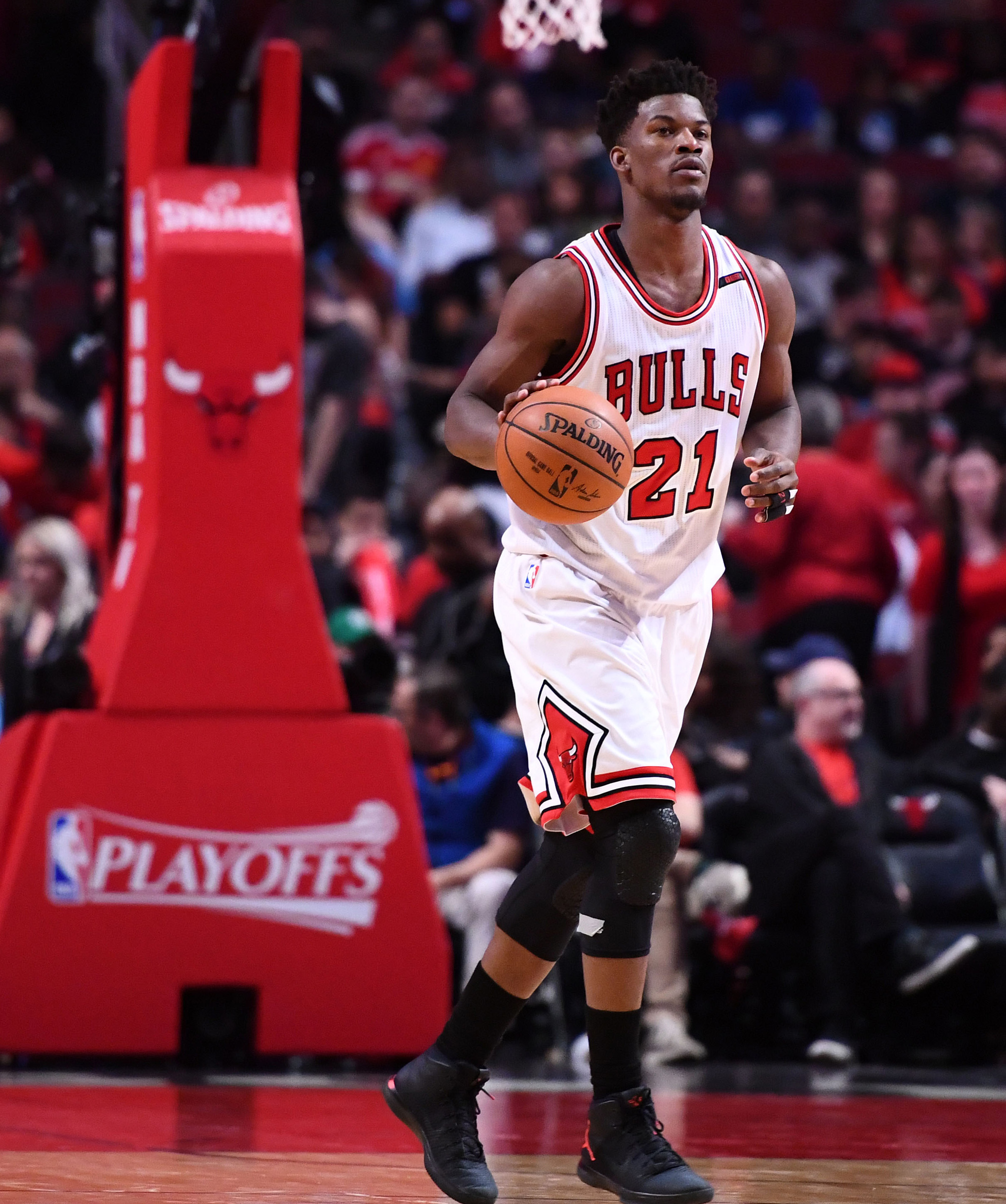 Hoiberg not expecting Rondo to be available for Game 6