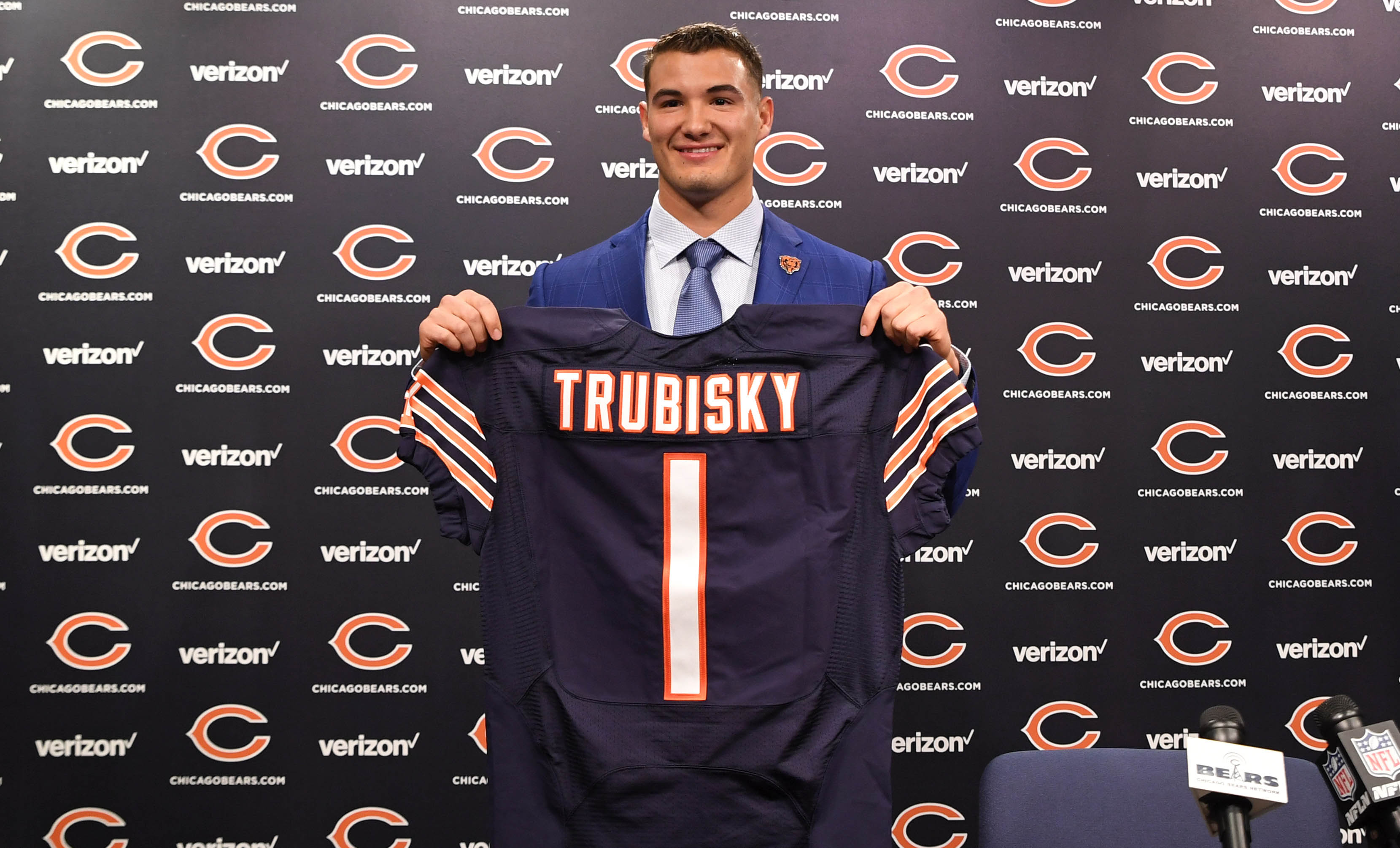 10034402-nfl-chicago-bears-mitchell-trubisky-press-conference