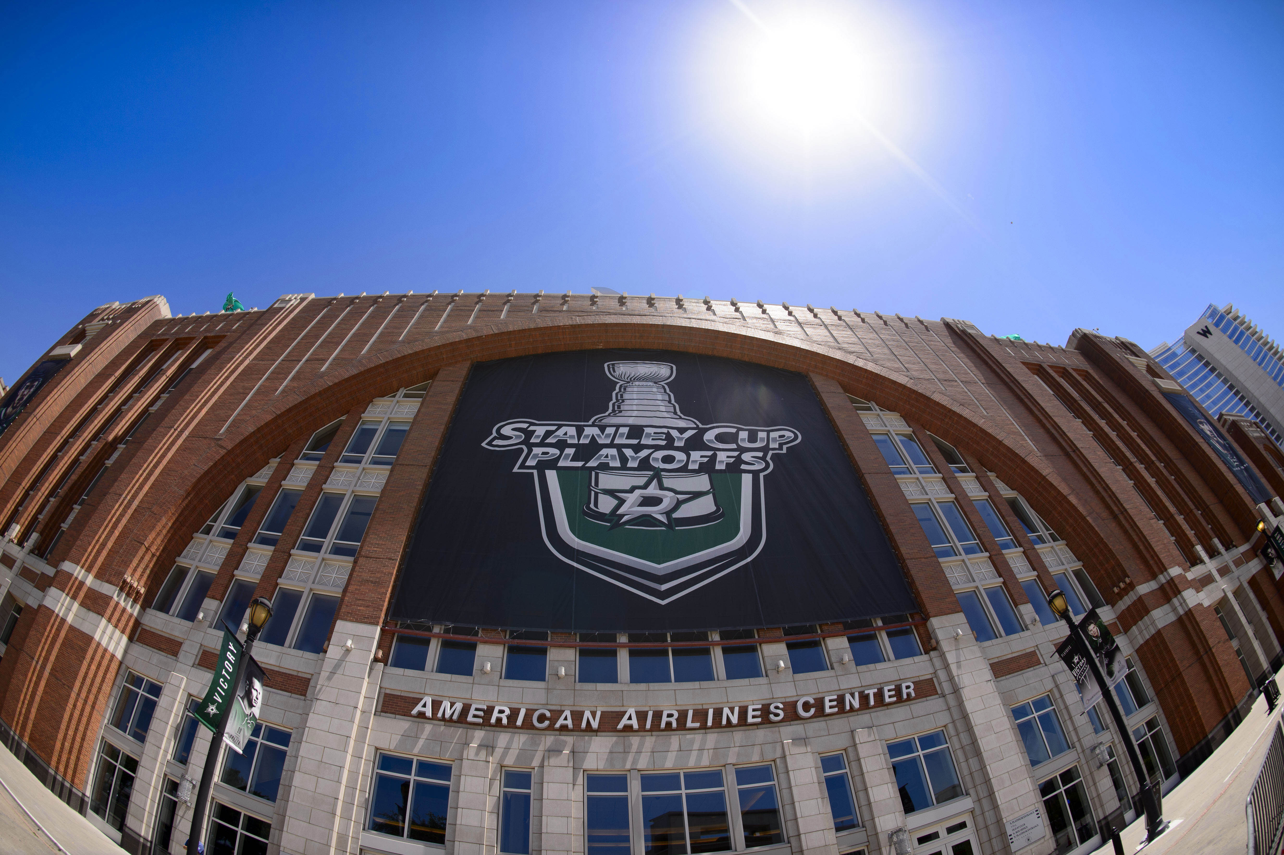 9277072-nhl-stanley-cup-playoffs-st.-louis-blues-at-dallas-stars