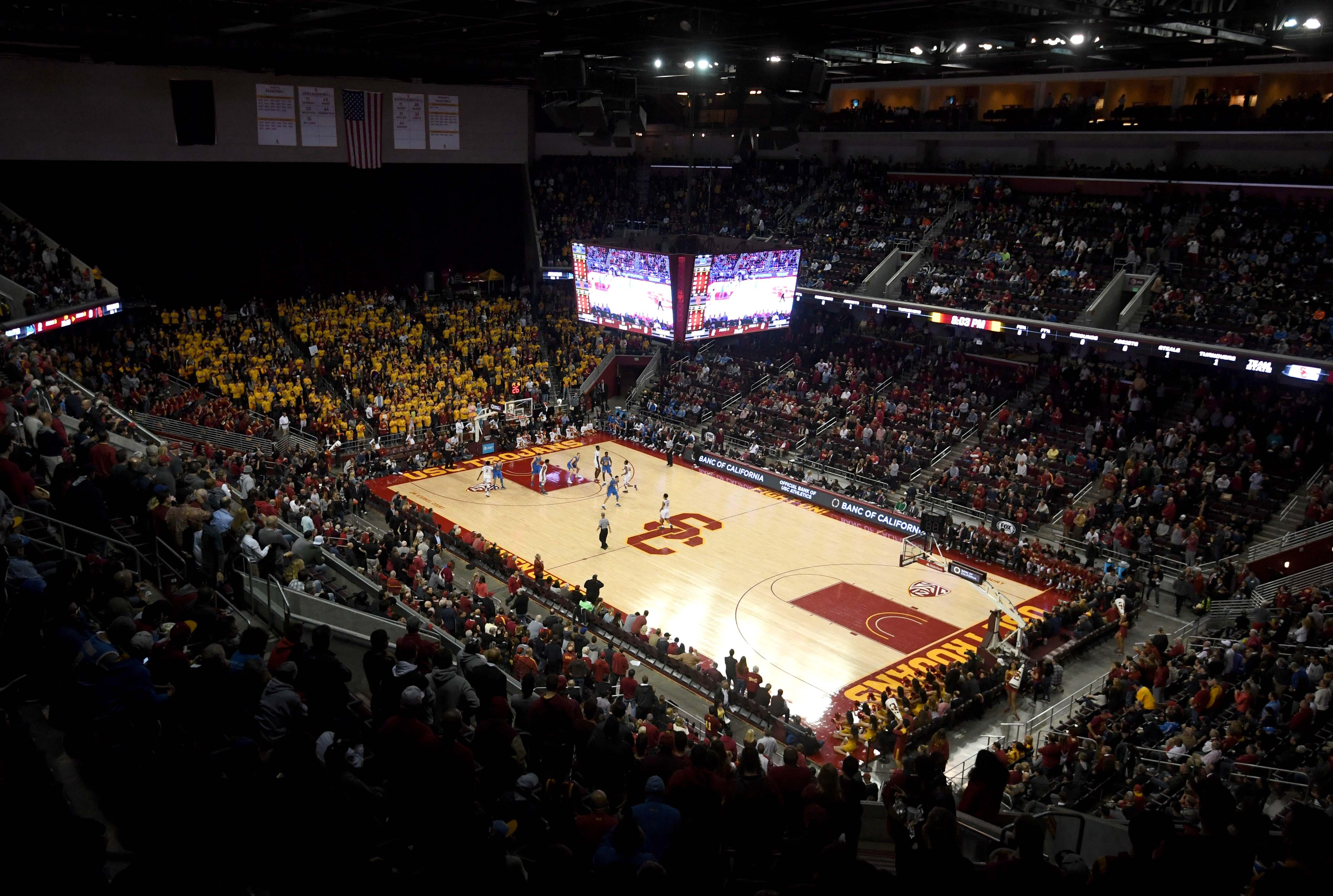9842754-ncaa-basketball-ucla-at-southern-california
