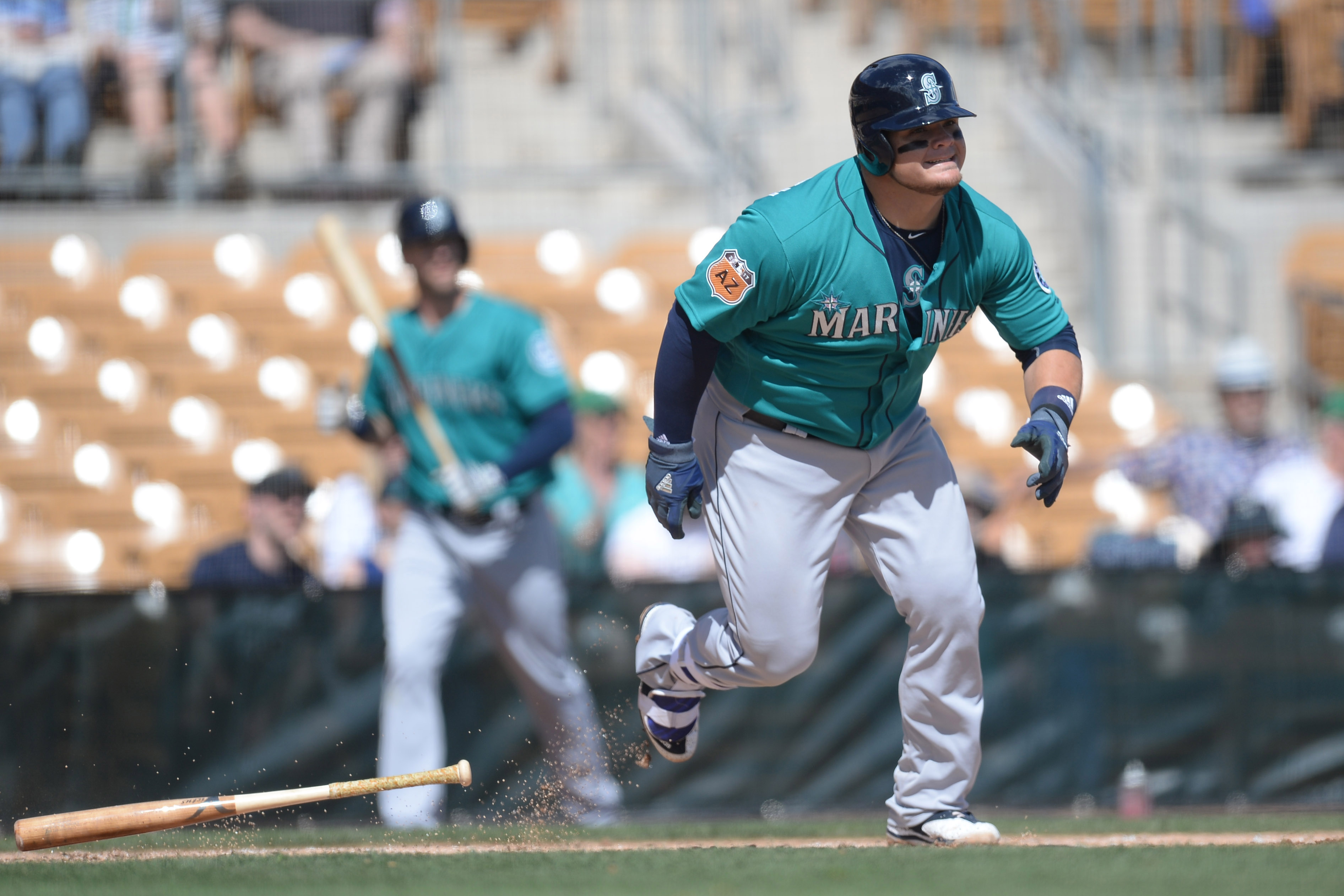 9907533-mlb-spring-training-seattle-mariners-at-chicago-white-sox