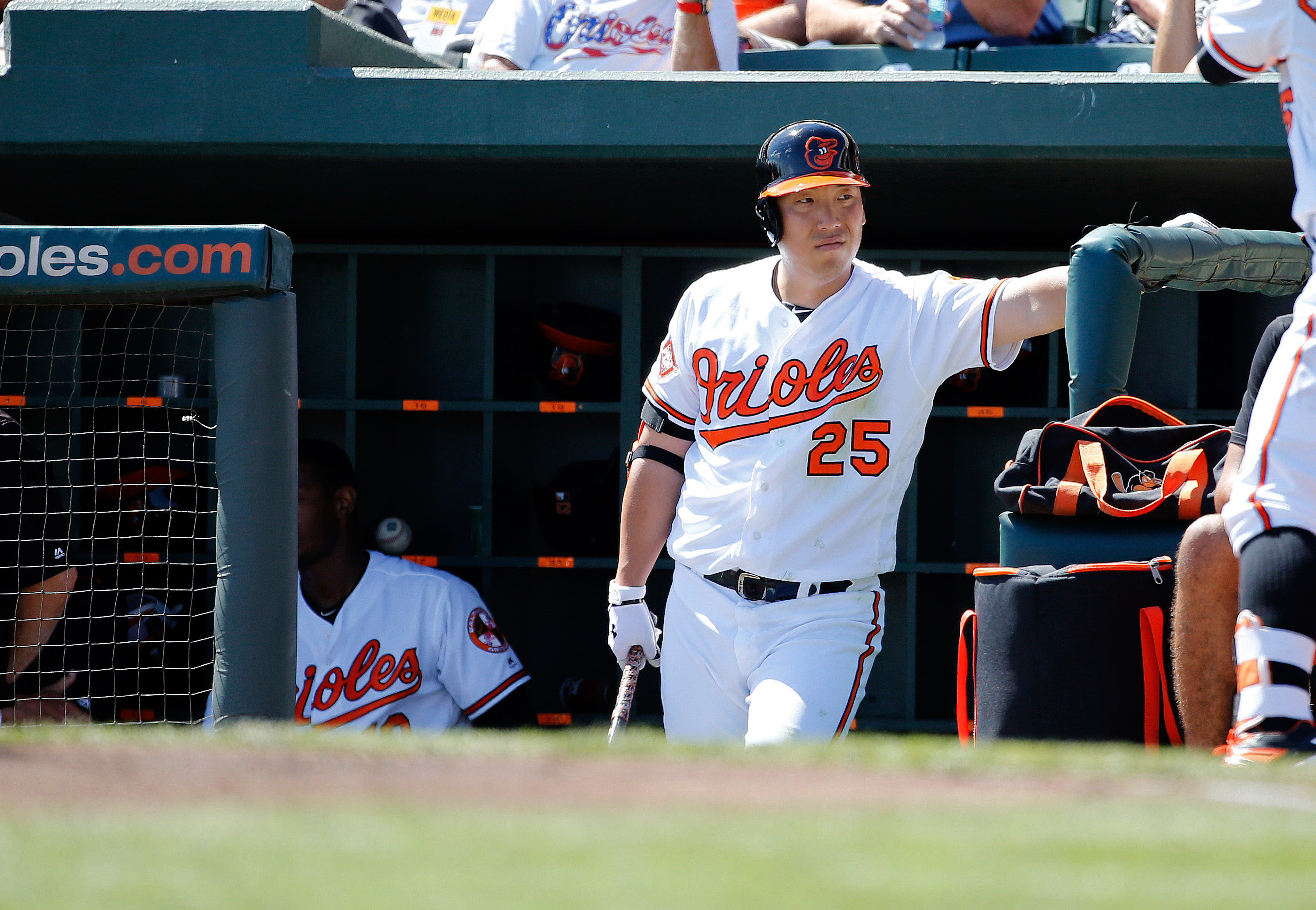 9930396-mlb-spring-training-minnesota-twins-at-baltimore-orioles