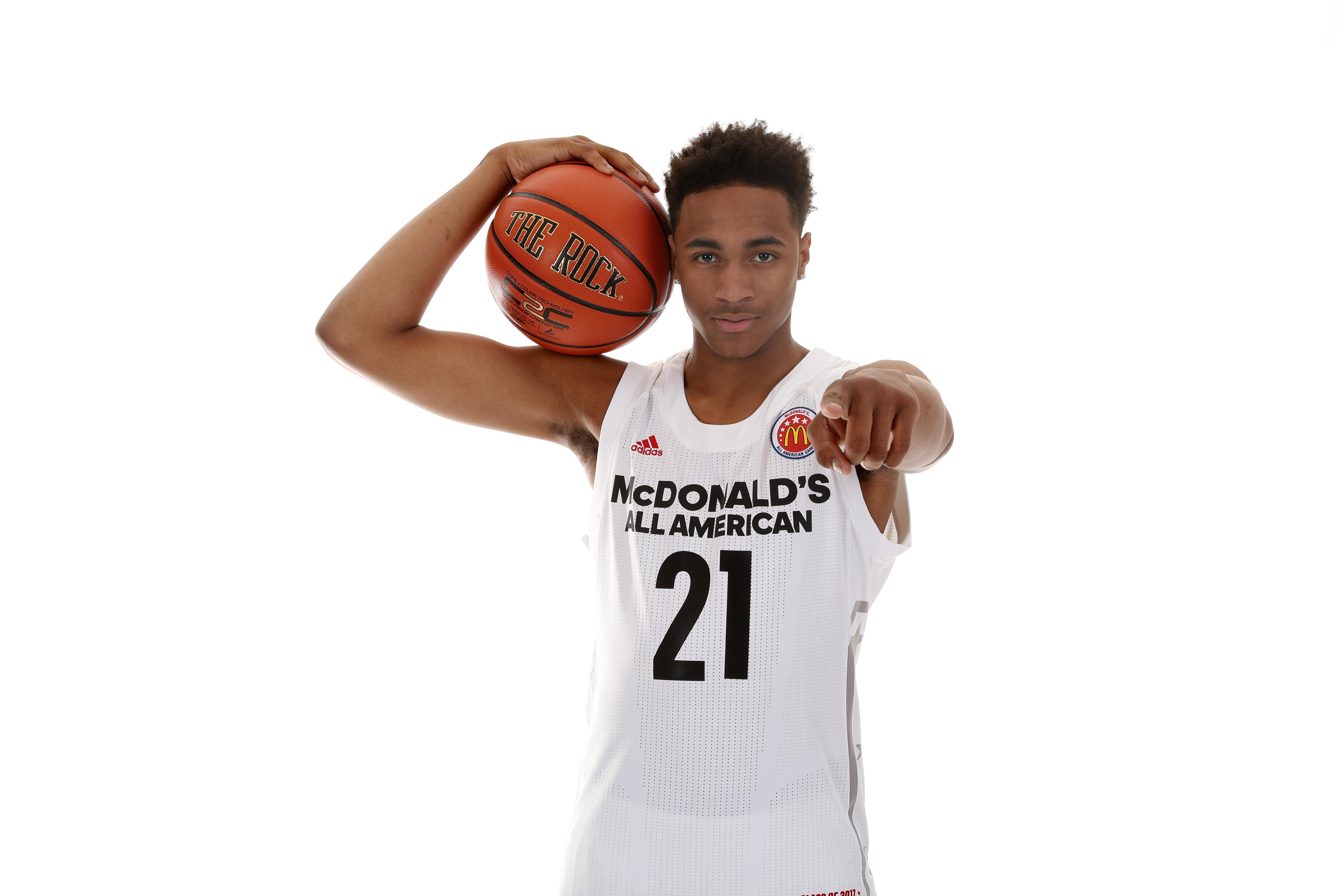 9975018-high-school-basketball-mcdonalds-all-american-portraits