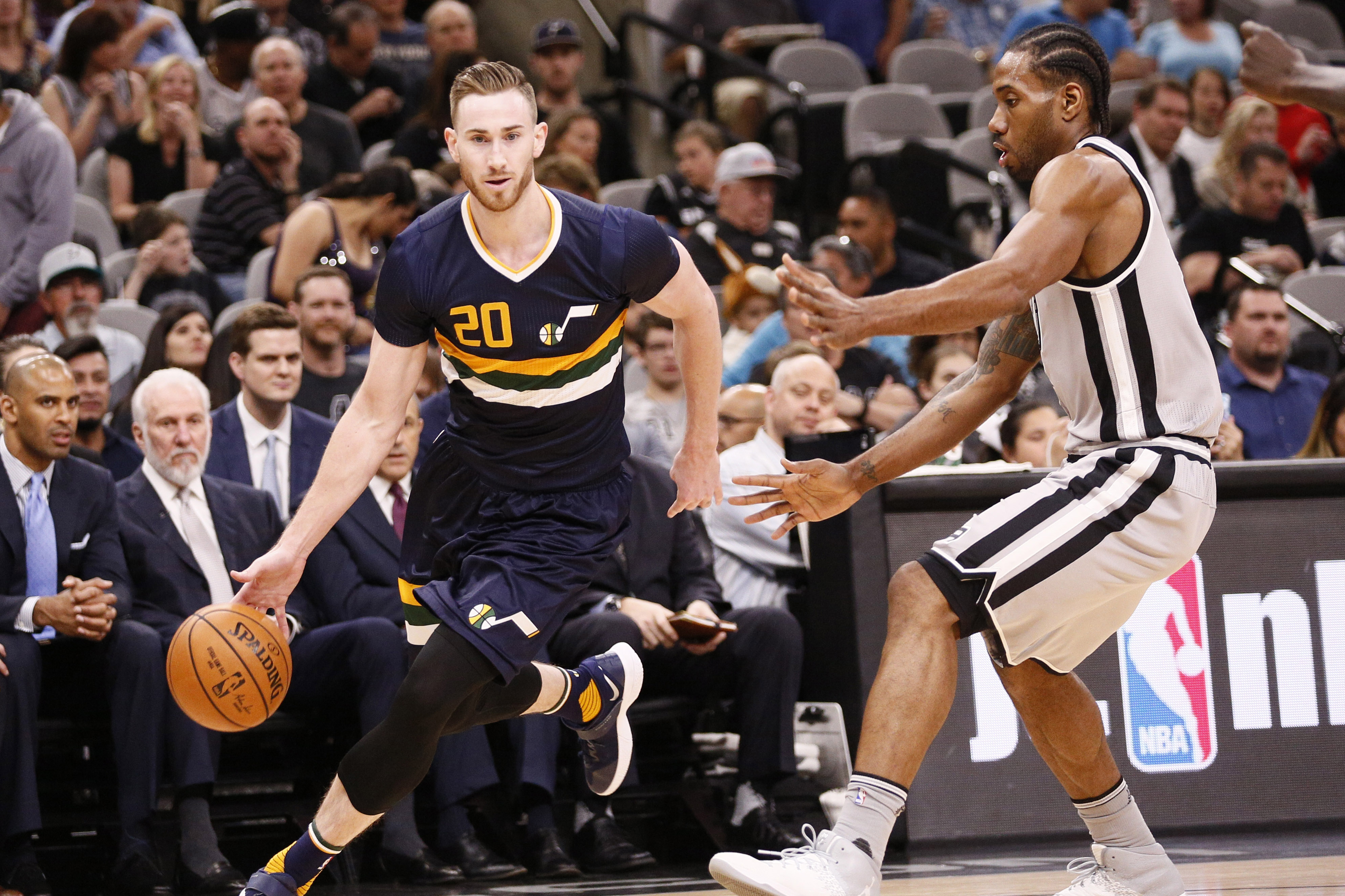 9987611-nba-utah-jazz-at-san-antonio-spurs
