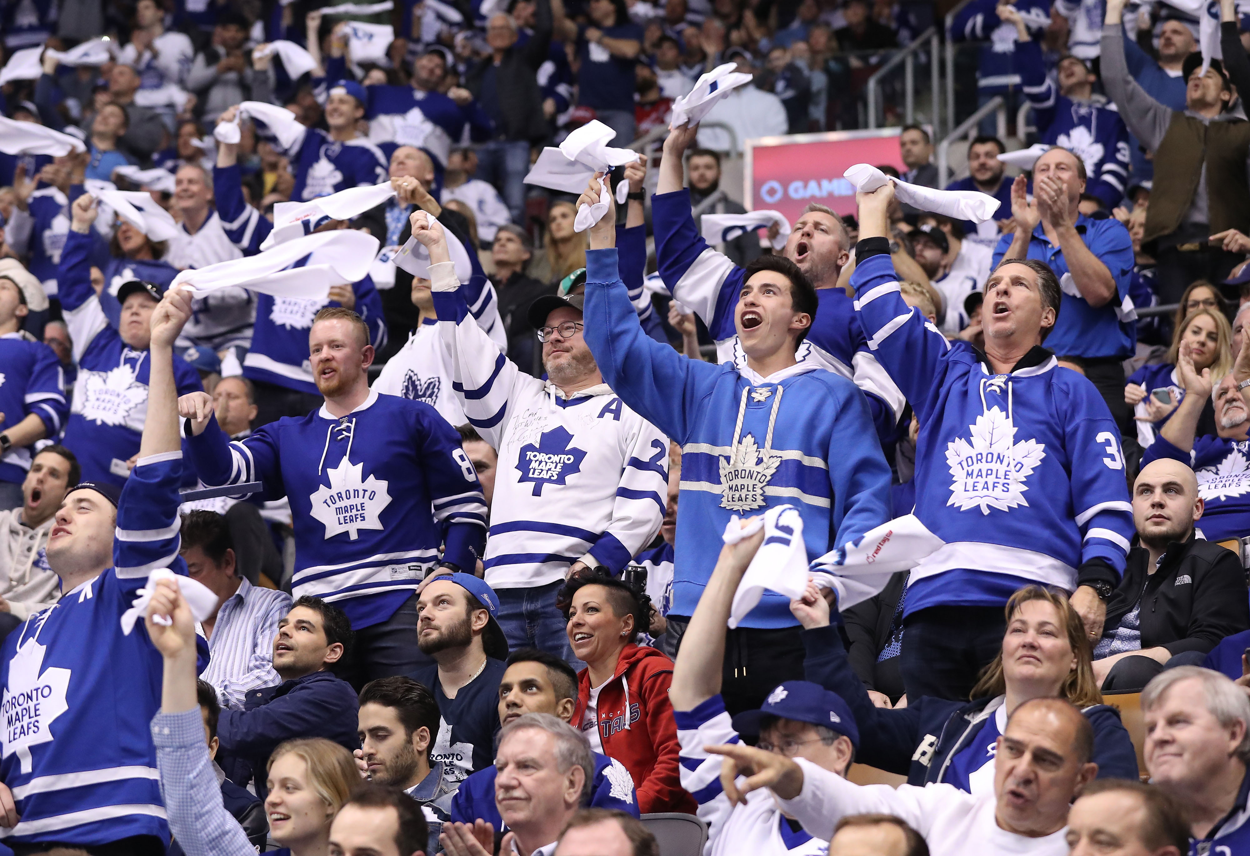 Monday's National Hockey League playoffs: Bozak's OT goal gives Leafs 2-1 series lead