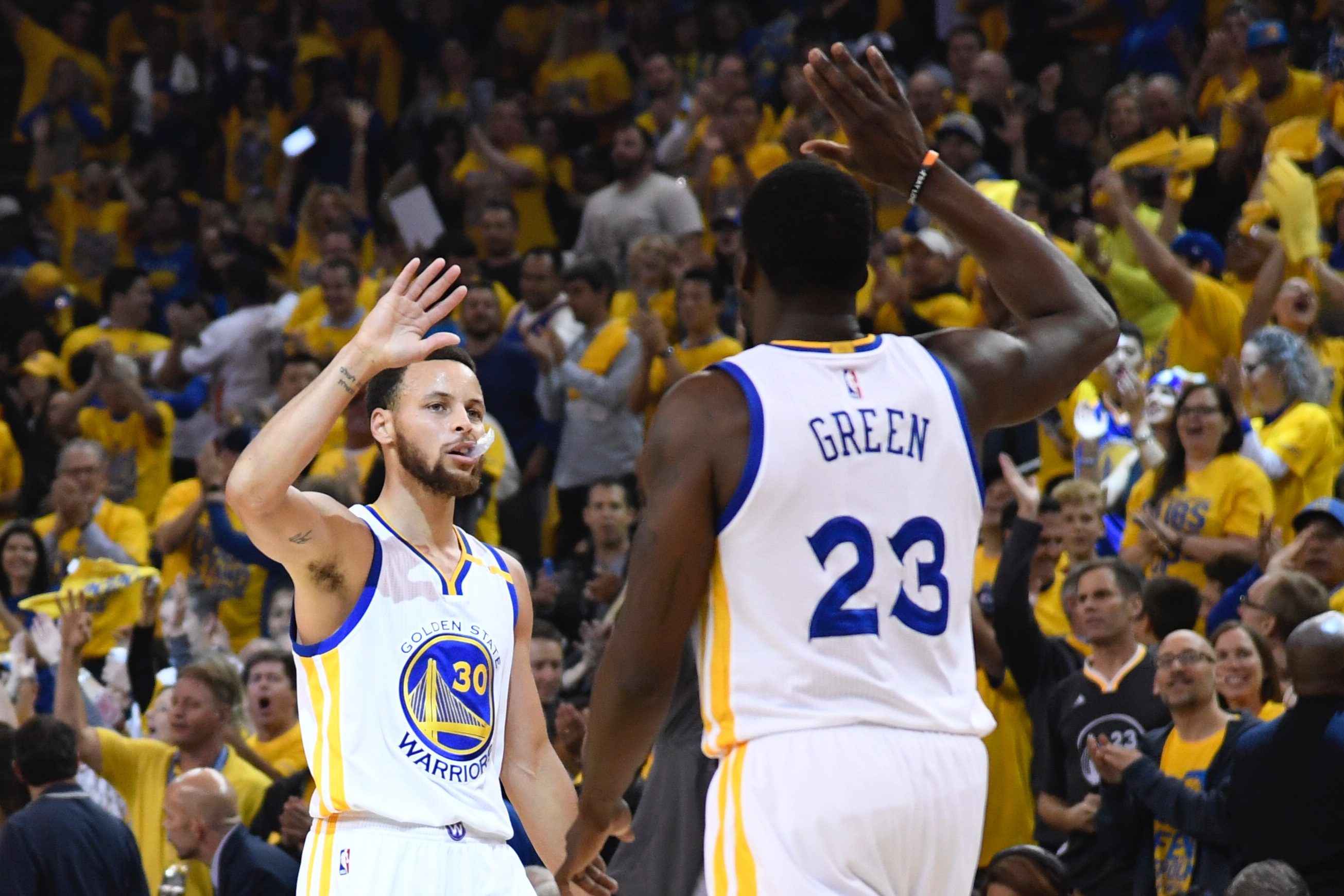 10060623-nba-playoffs-san-antonio-spurs-at-golden-state-warriors