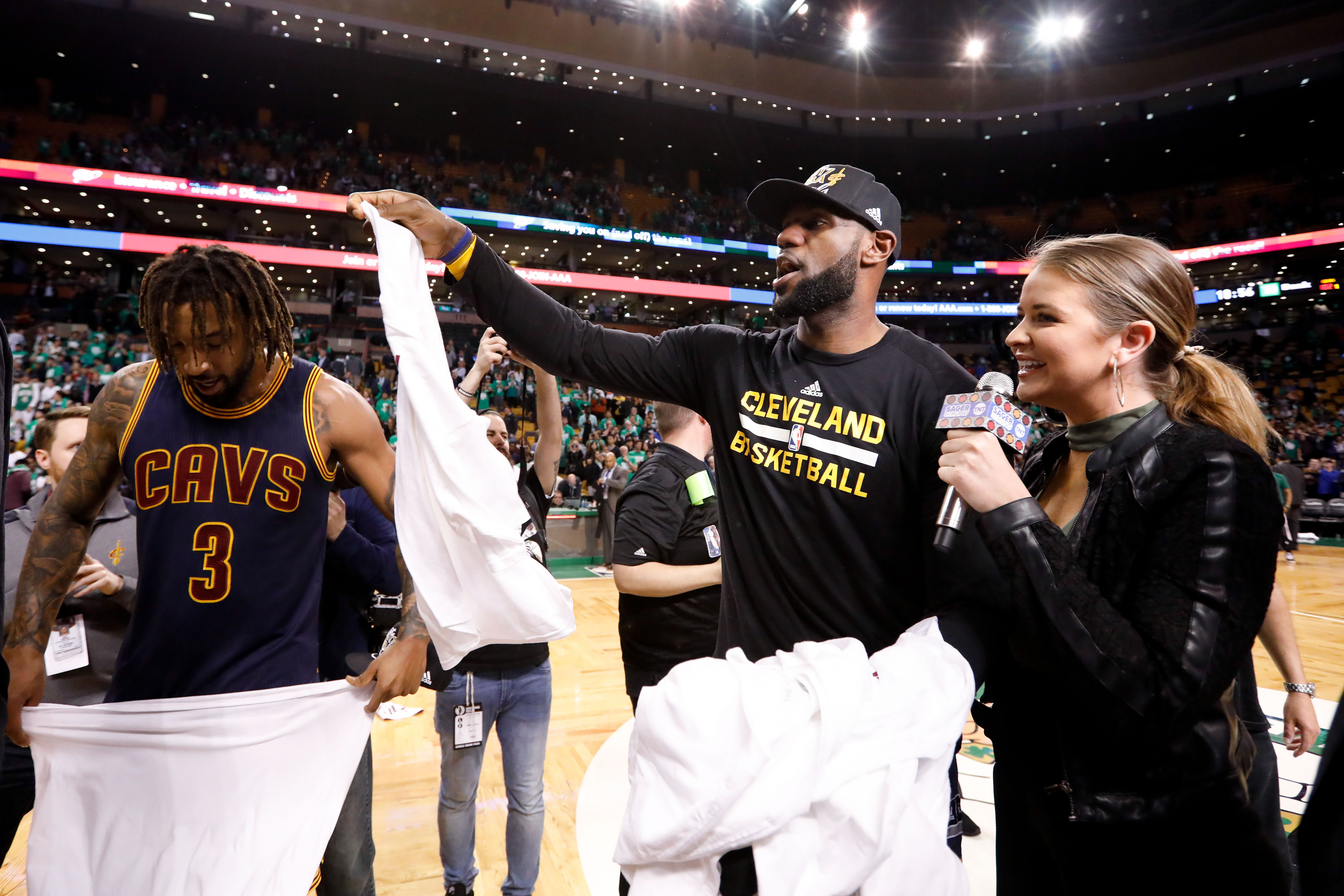 10073592-nba-playoffs-cleveland-cavaliers-at-boston-celtics