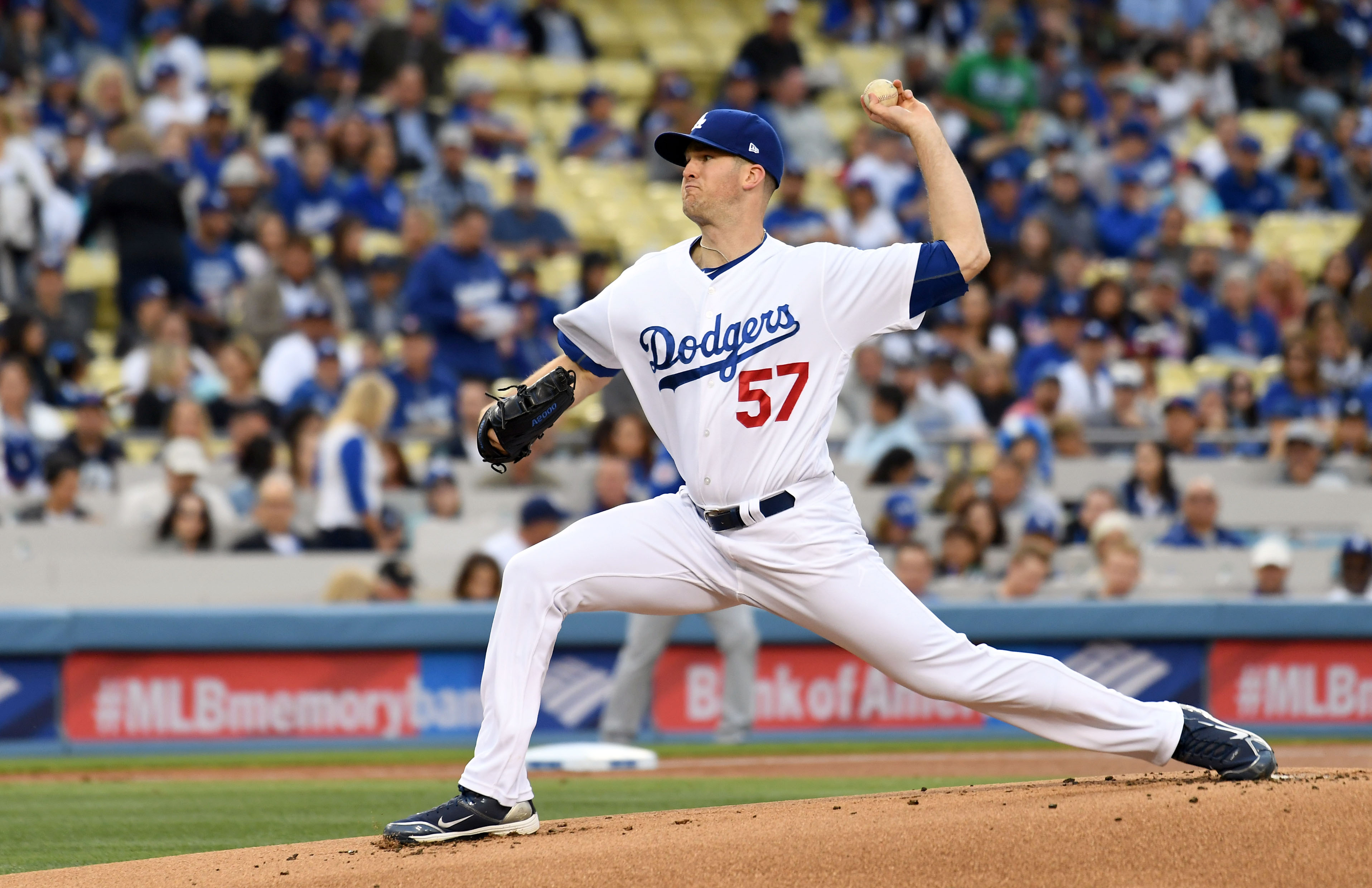10074517-mlb-chicago-cubs-at-los-angeles-dodgers