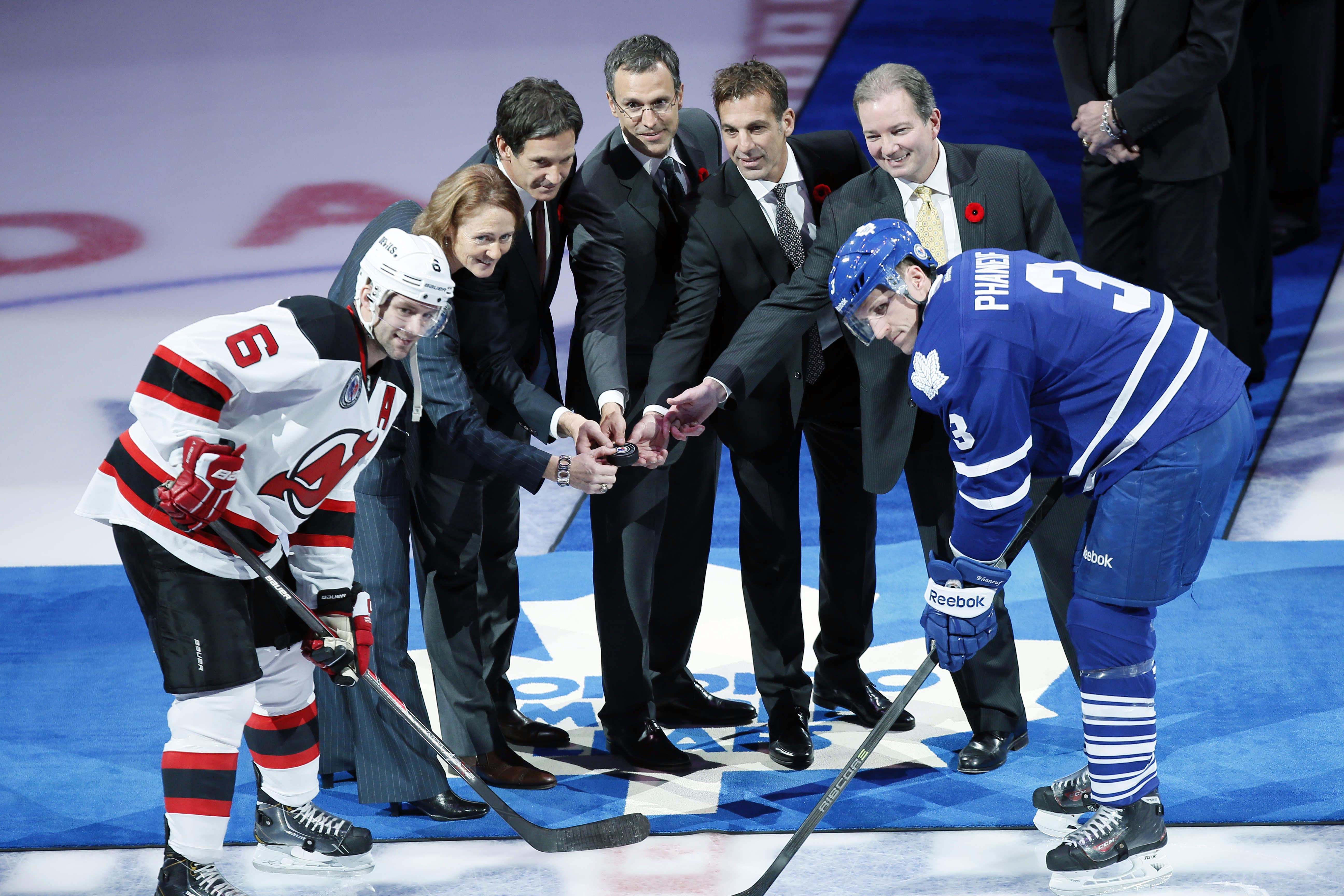 7540061-nhl-new-jersey-devils-at-toronto-maple-leafs