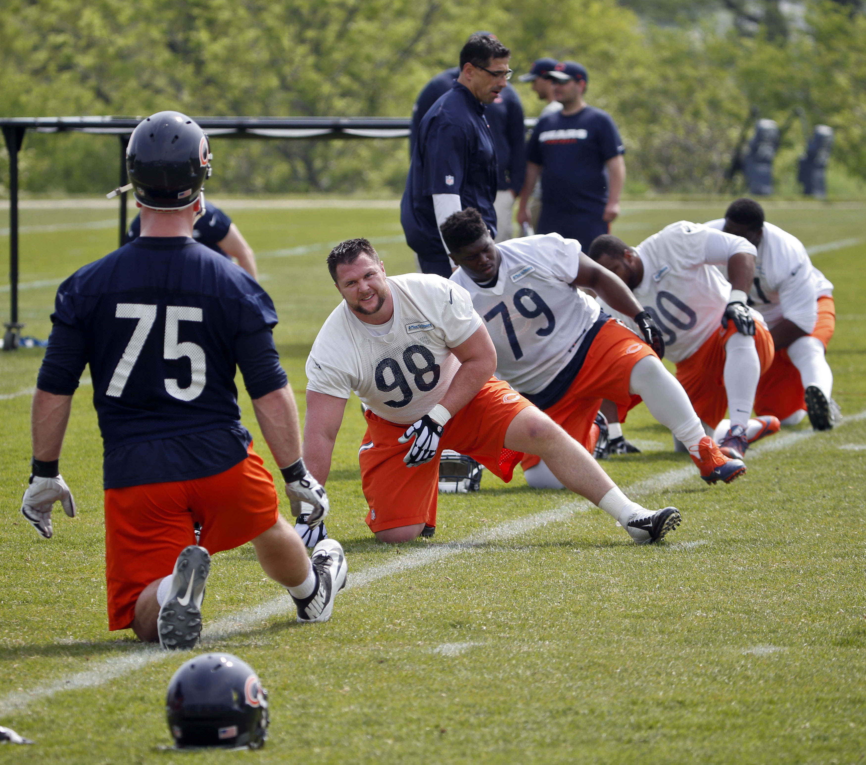 9309004-nfl-chicago-bears-ota