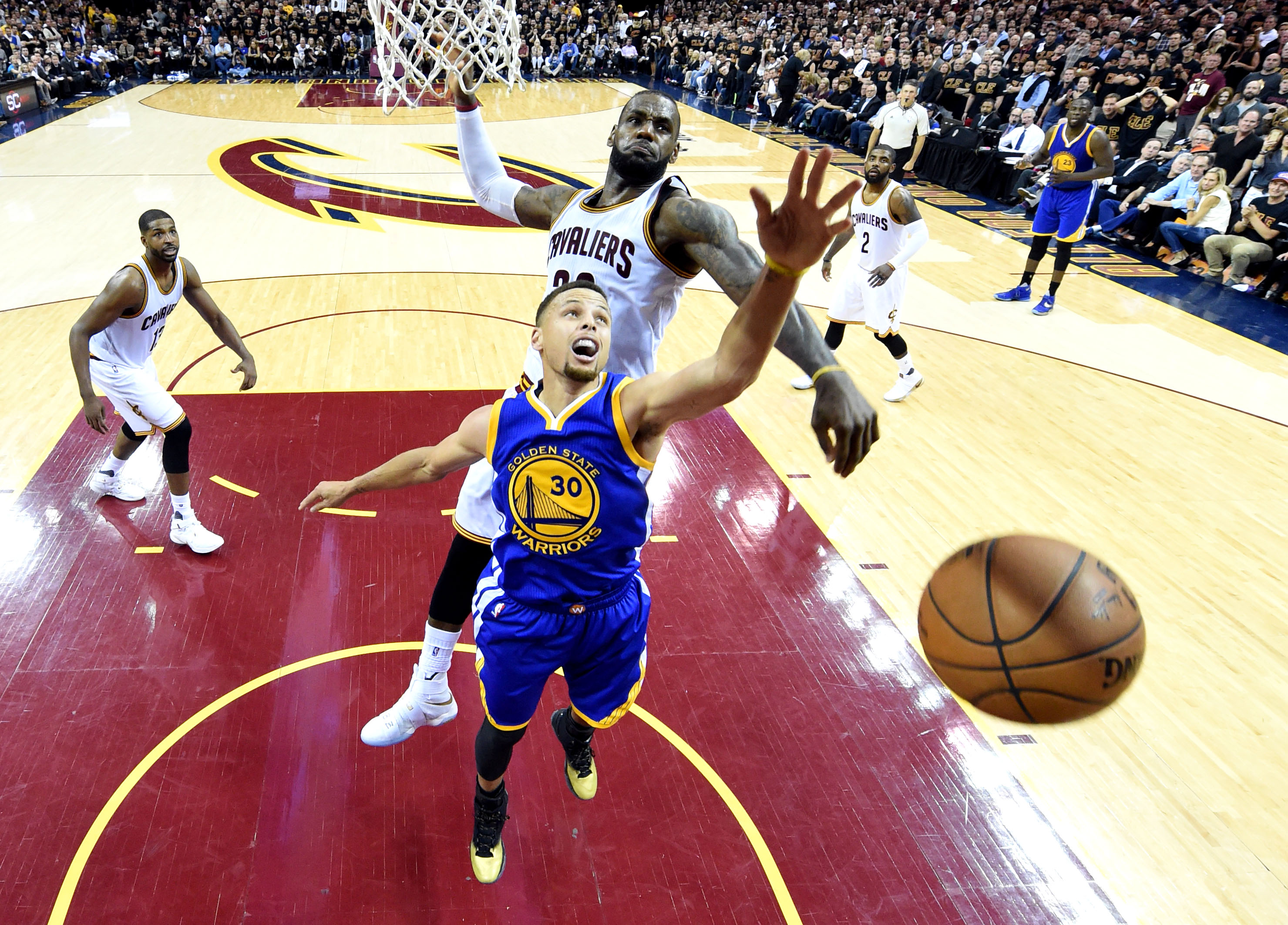 9344946-nba-finals-golden-state-warriors-at-cleveland-cavaliers