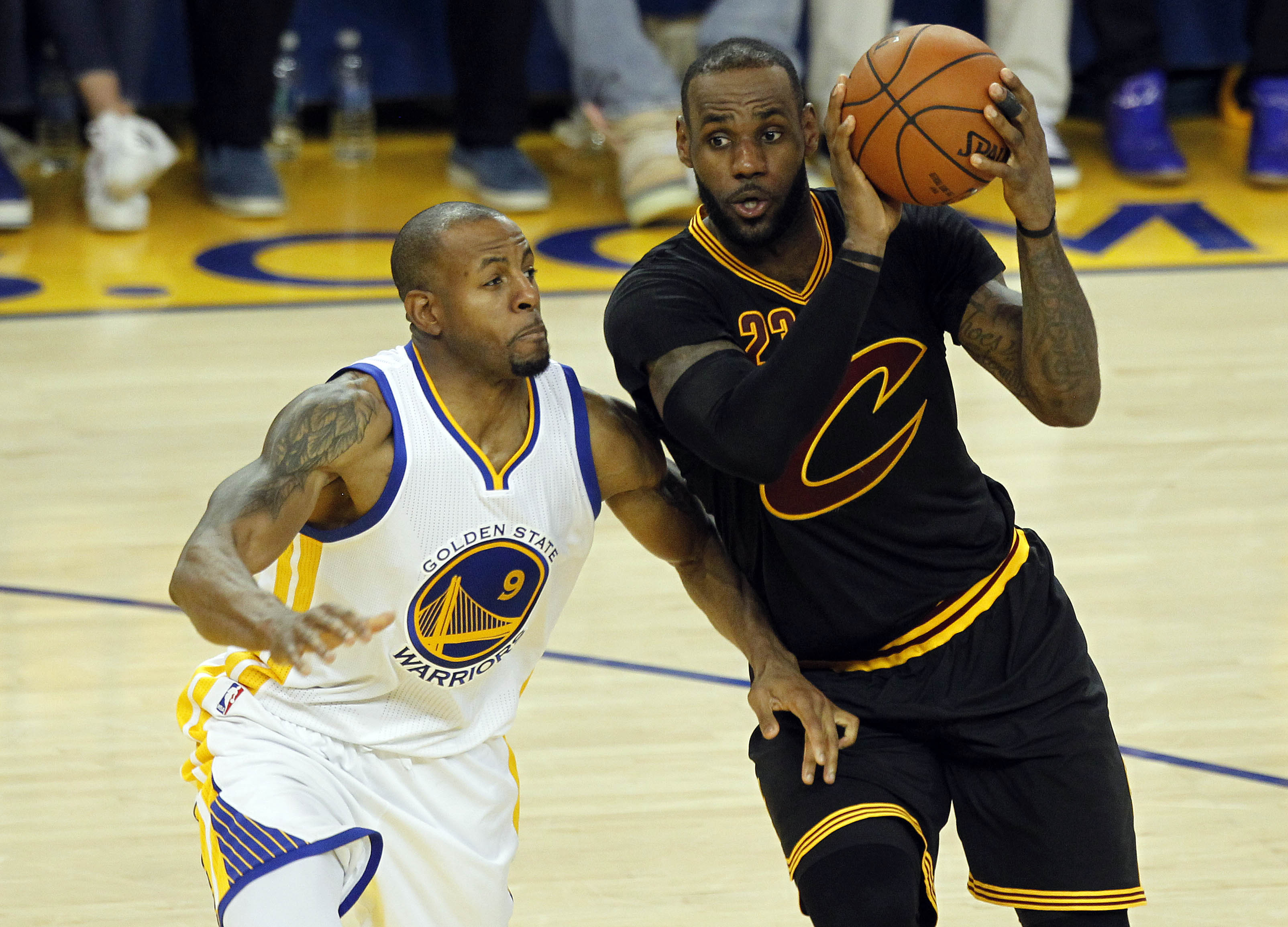 9349652-nba-finals-cleveland-cavaliers-at-golden-state-warriors