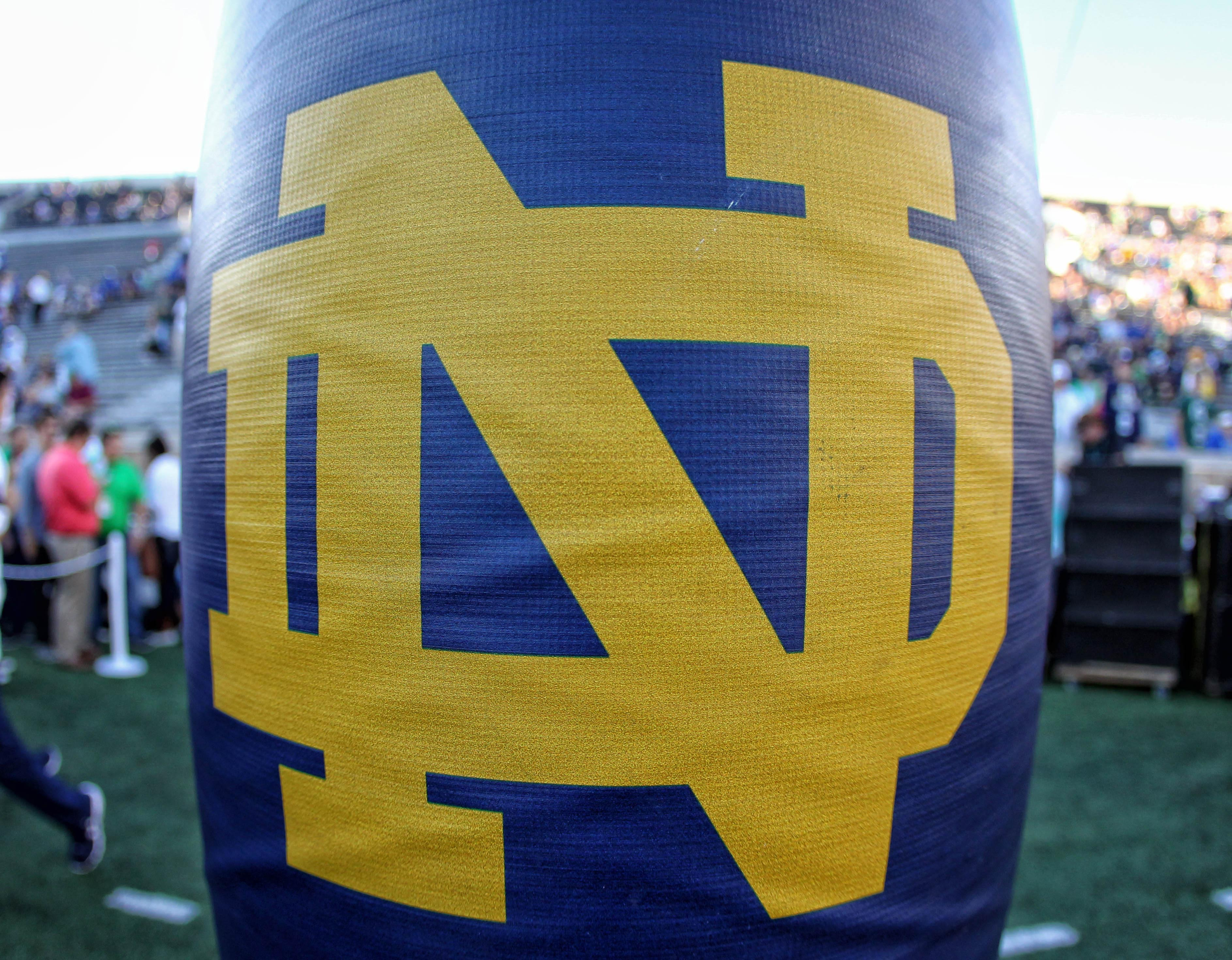 9546151-ncaa-football-michigan-state-at-notre-dame
