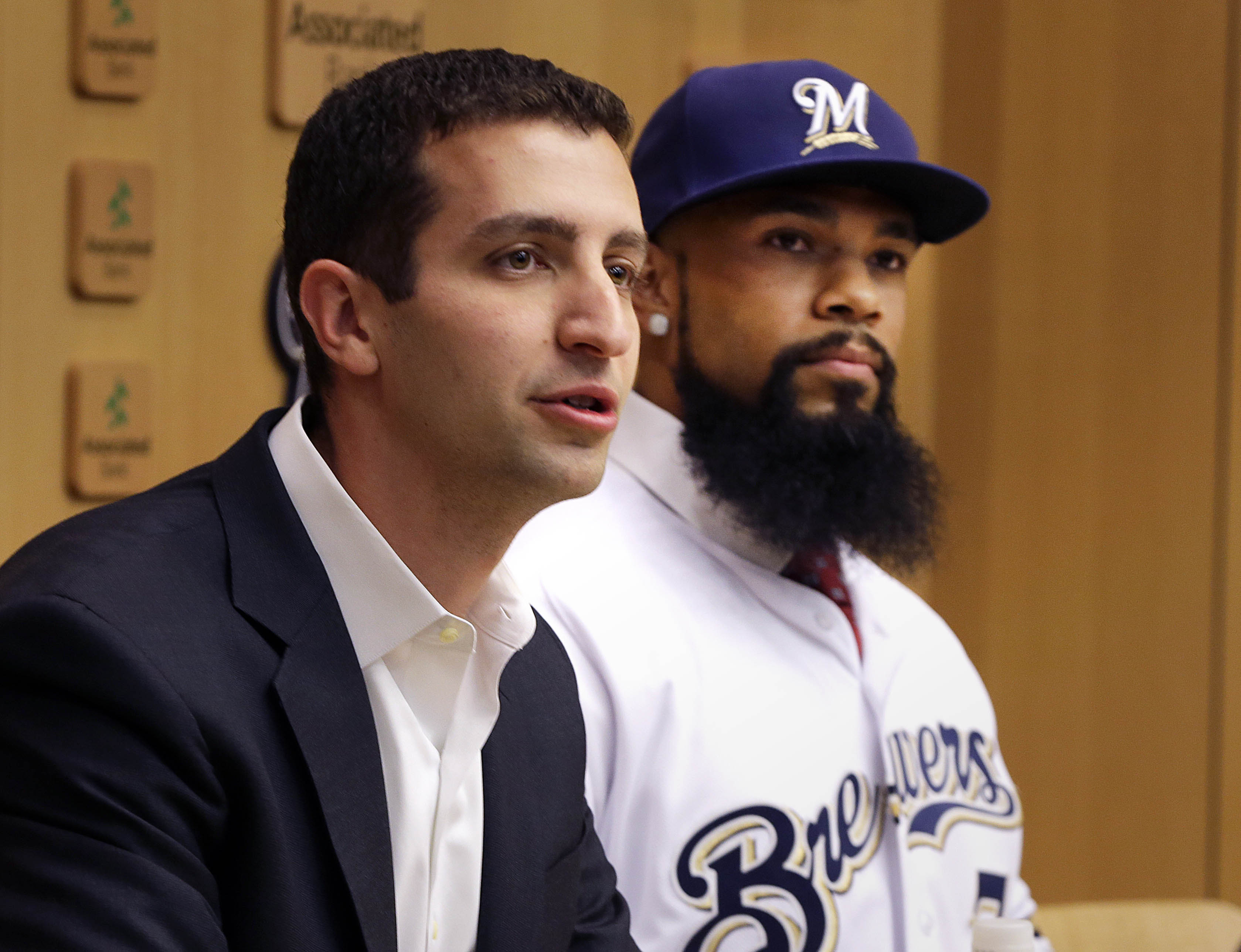 9711856-mlb-milwaukee-brewers-press-conference