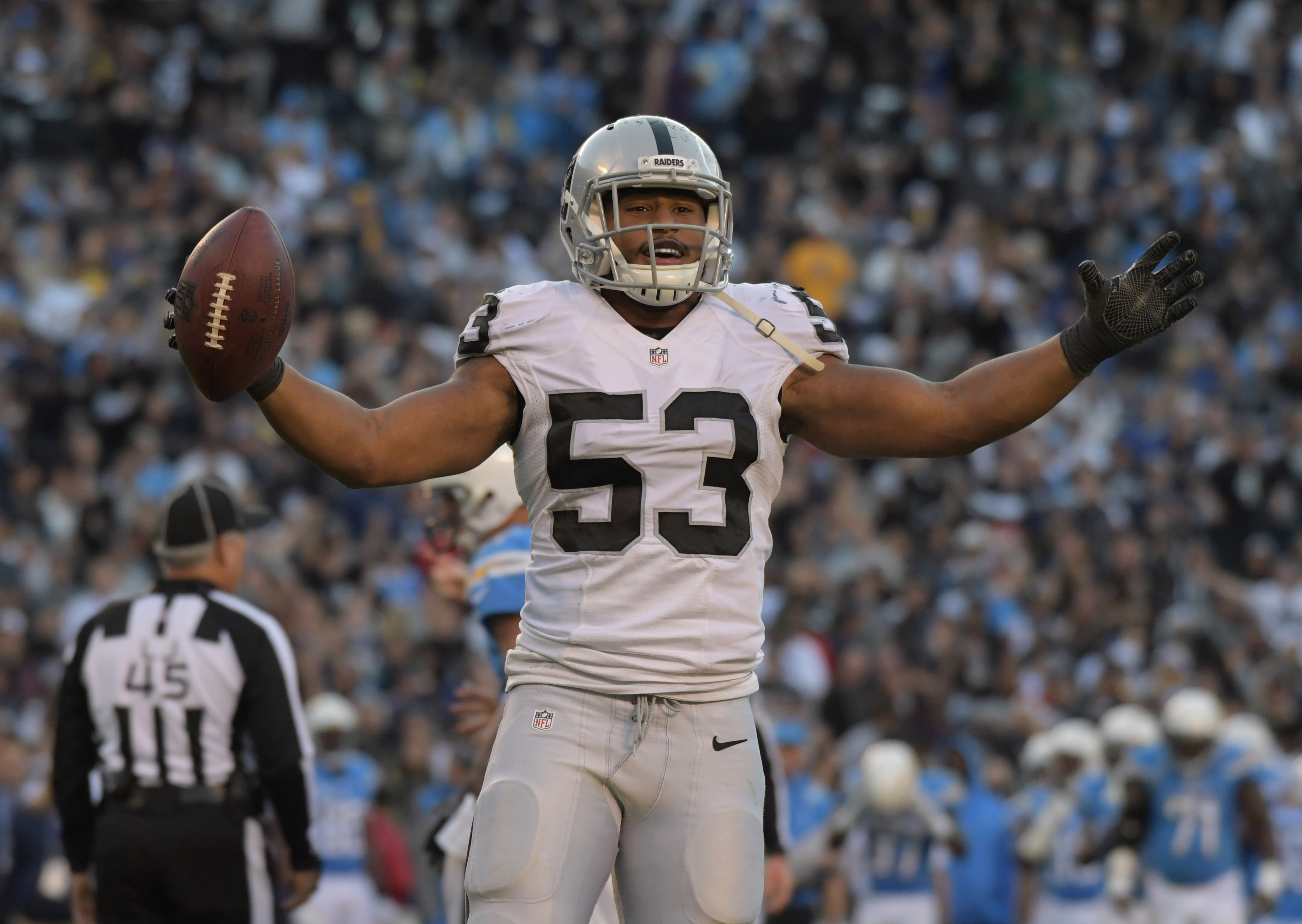 9755718-nfl-oakland-raiders-at-san-diego-chargers