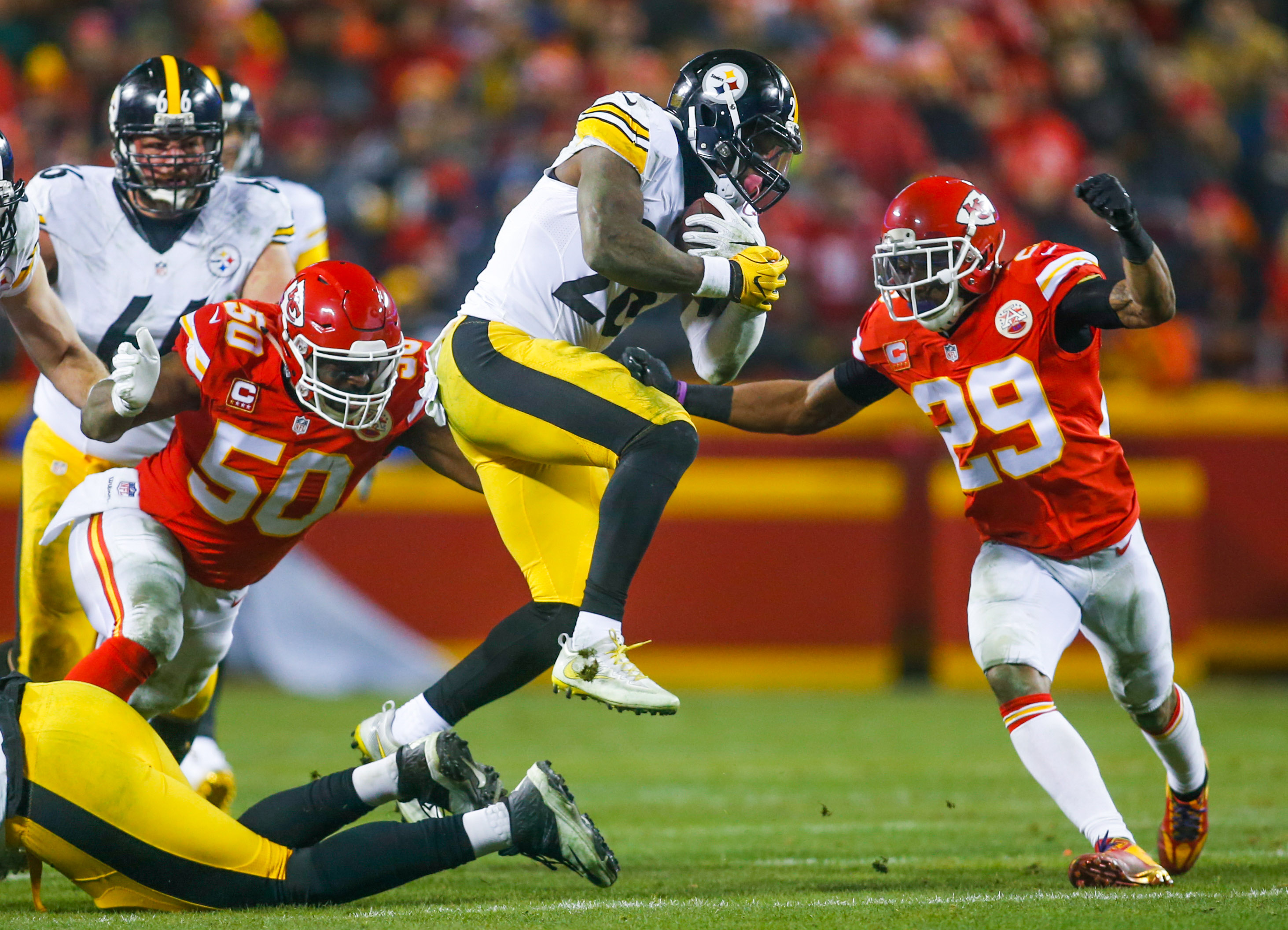 9830463-nfl-afc-divisional-pittsburgh-steelers-at-kansas-city-chiefs