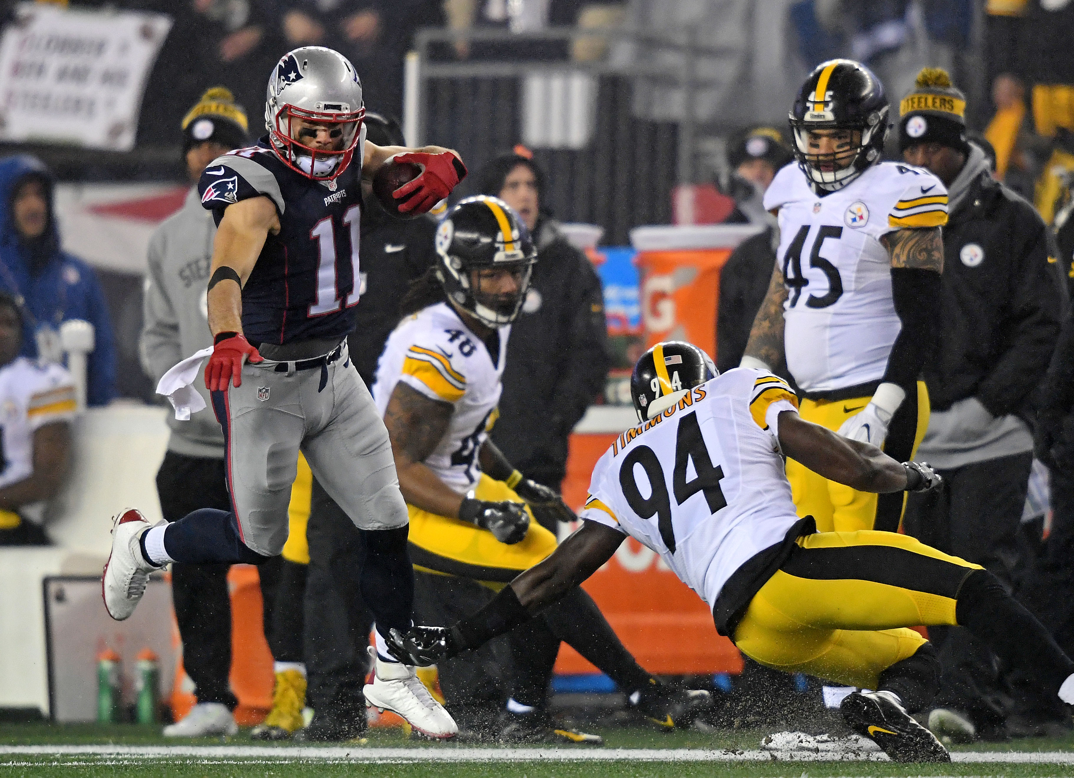 9832345-nfl-afc-championship-pittsburgh-steelers-at-new-england-patriots