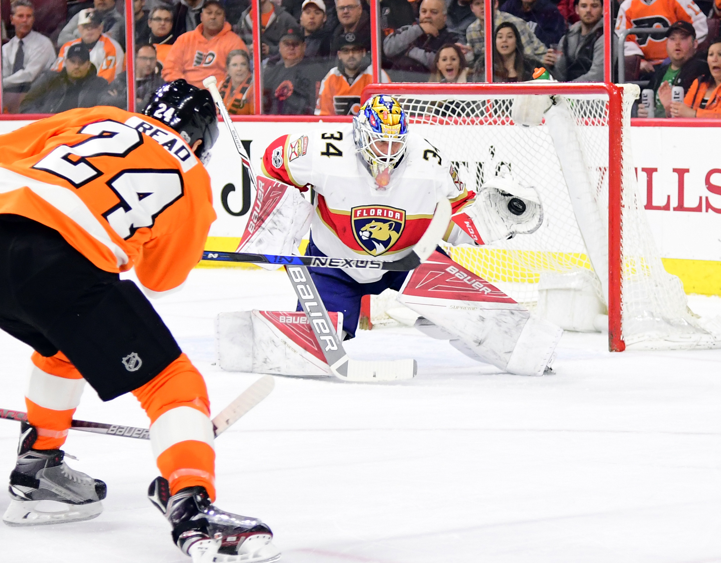 9912896-nhl-florida-panthers-at-philadelphia-flyers