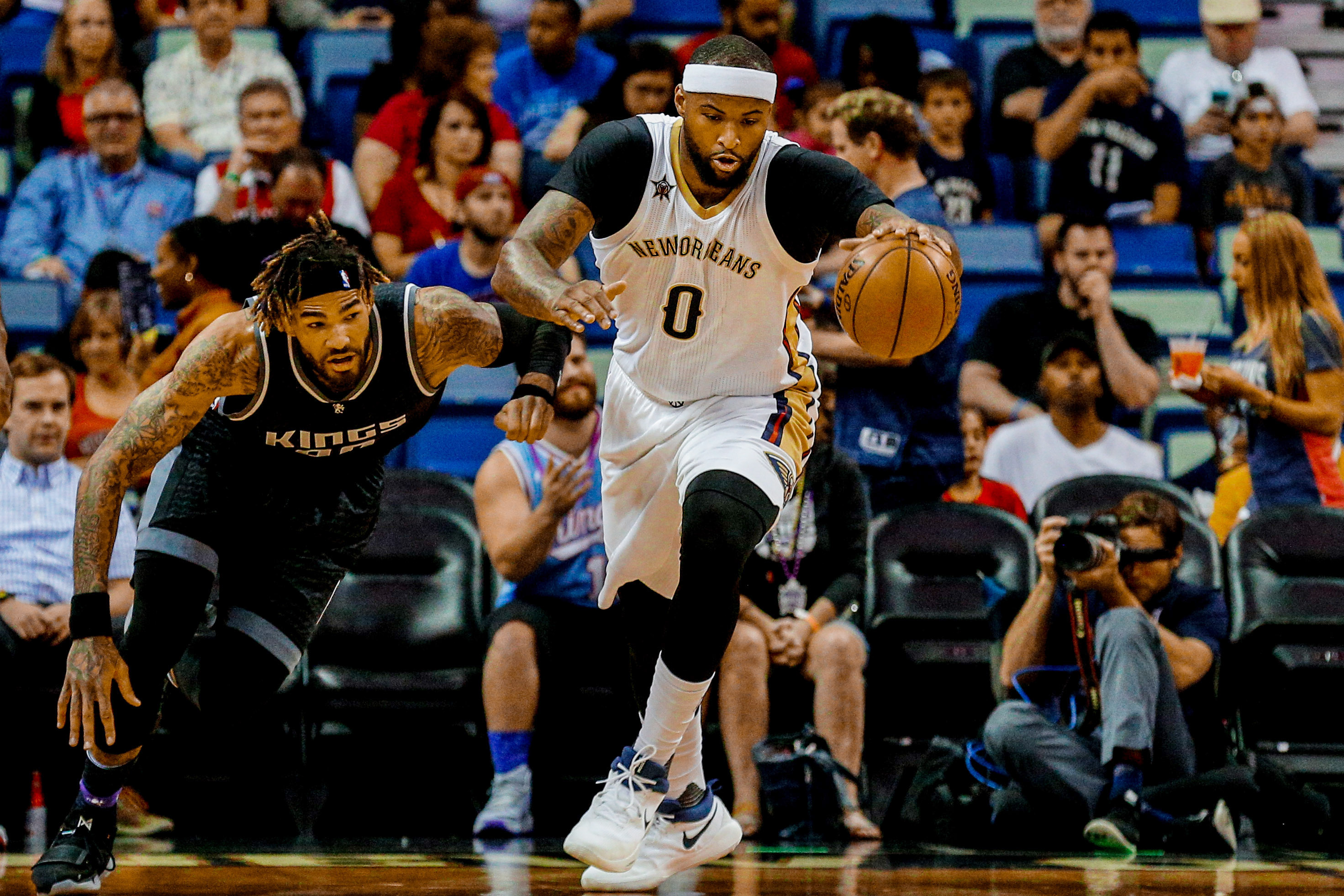 9983639-nba-sacramento-kings-at-new-orleans-pelicans