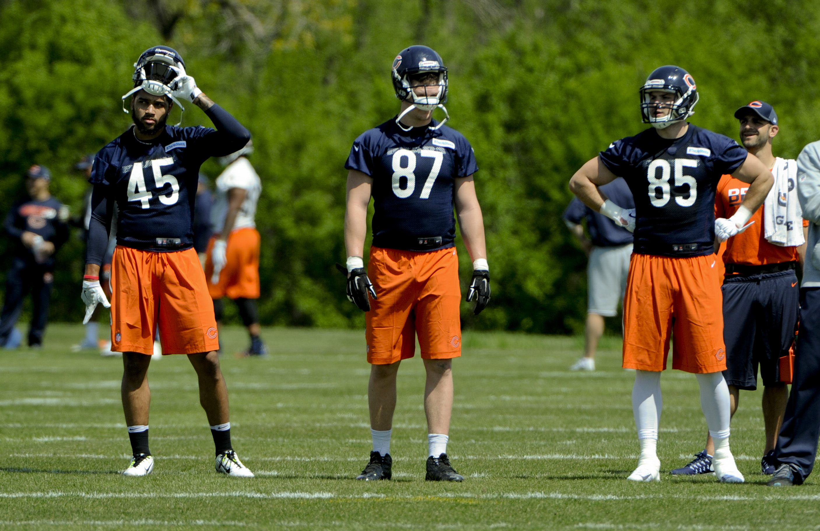 10062457-nfl-chicago-bears-rookie-minicamp